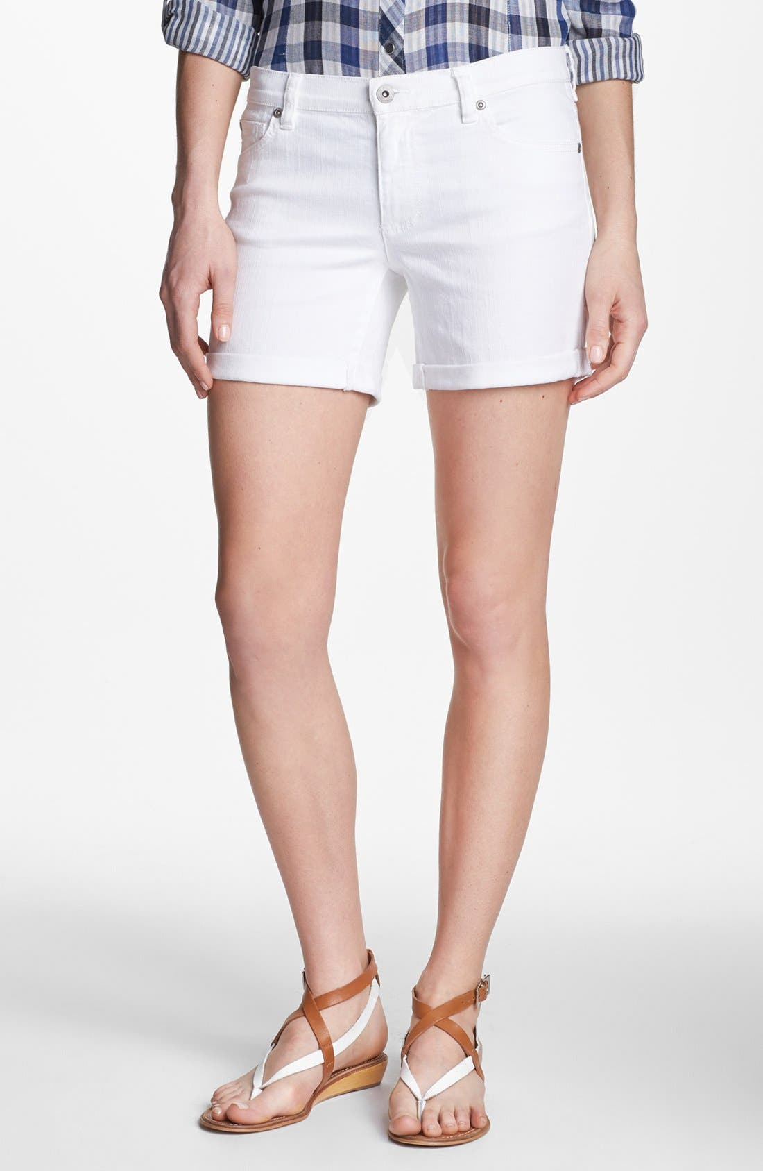 Alternate Image 1 Selected - Two by Vince Camuto Classic Shorts