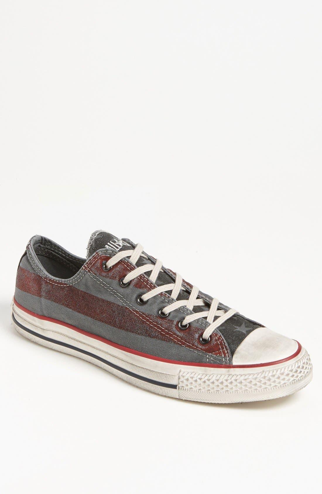 Main Image - Converse Chuck Taylor® All Star® Low Sneaker (Men)