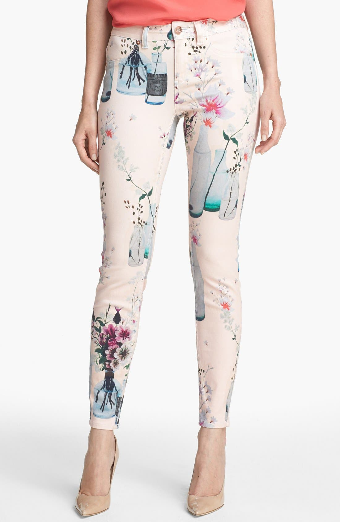 Main Image - Ted Baker London 'Water Bottle' Skinny Stretch Ankle Jeans (Shell)
