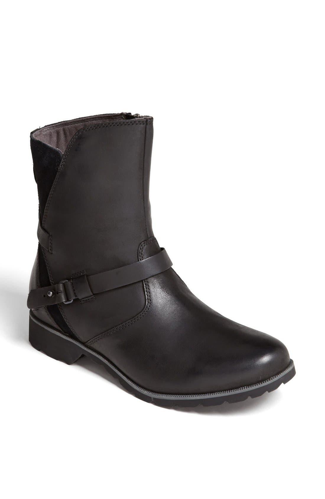 Teva 'De La Vina' Boot