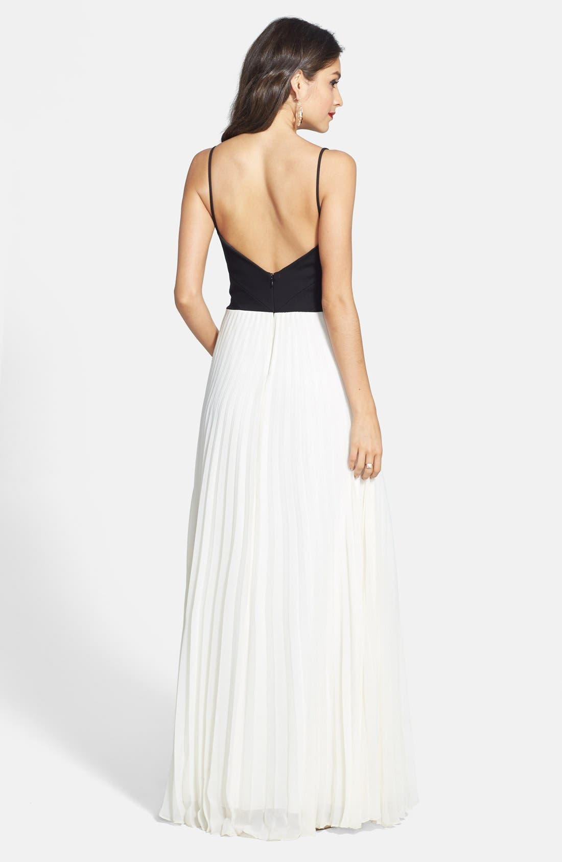 Alternate Image 2  - Laundry by Shelli Segal Two-Tone Cross Bodice Chiffon Gown