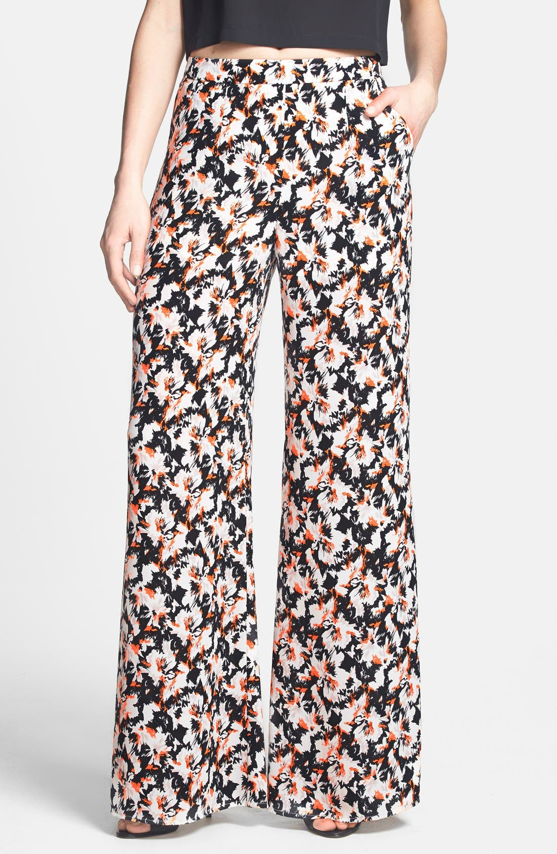 Alternate Image 1 Selected - ASTR Wide Leg Pants