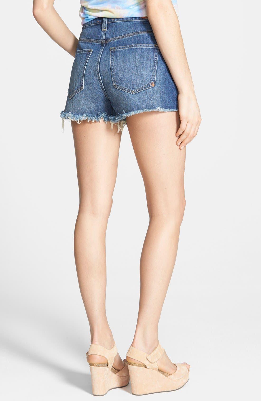 Alternate Image 3  - Dittos 'Kierra' Destroyed High Rise Denim Shorts (Medium Vintage)