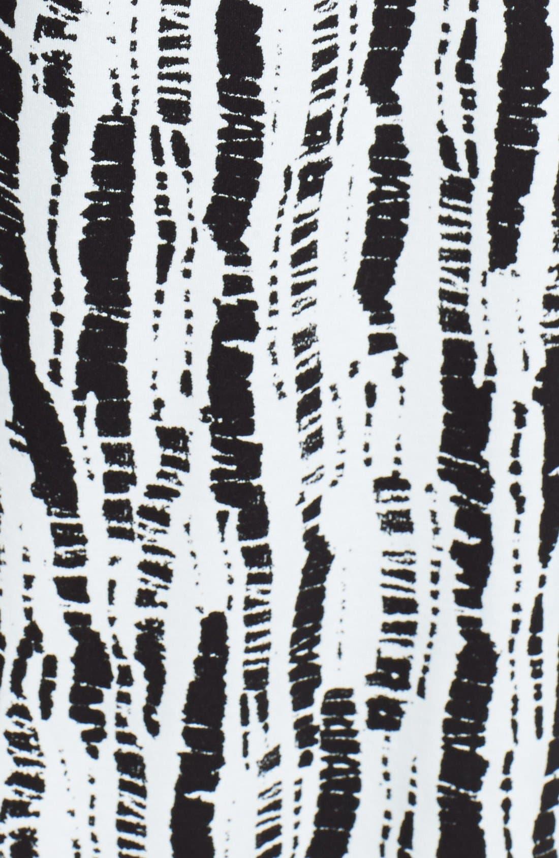 Alternate Image 4  - Oscar de la Renta 'Bamboo Impressions Print' Pajamas (Plus Size)