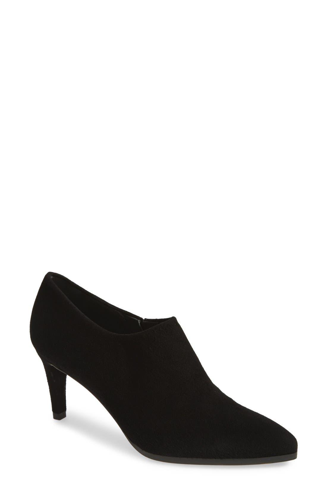 Main Image - Stuart Weitzman 'Standin' Leather Ankle Bootie (Women)