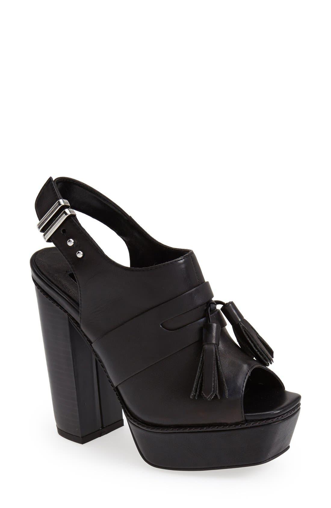 Alternate Image 1 Selected - Topshop 'Sassy' Platform Sandal