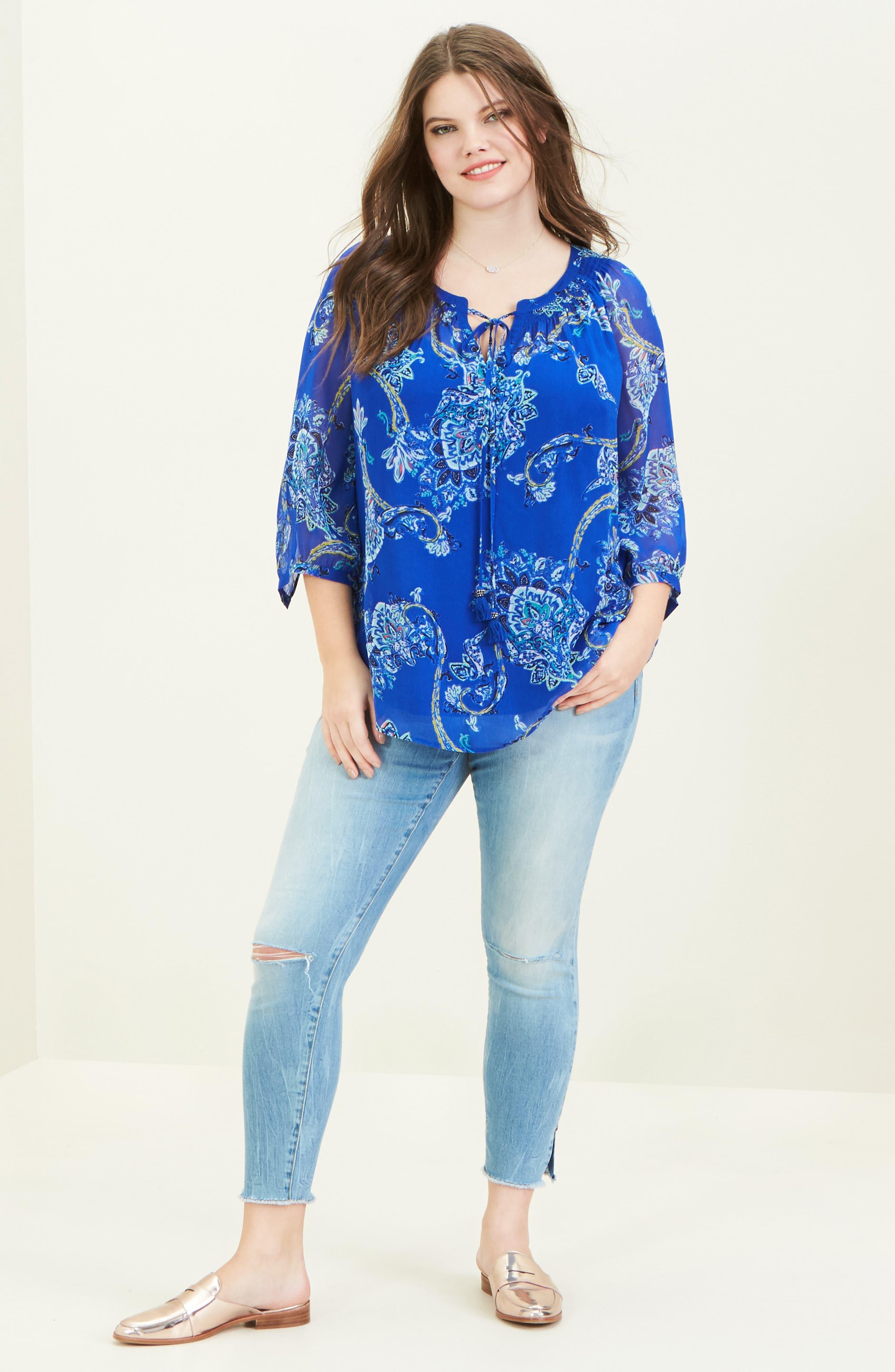 Daniel Rainn Blouse & SLINK Jeans Jeans Outfit with Accessories (Plus Size)