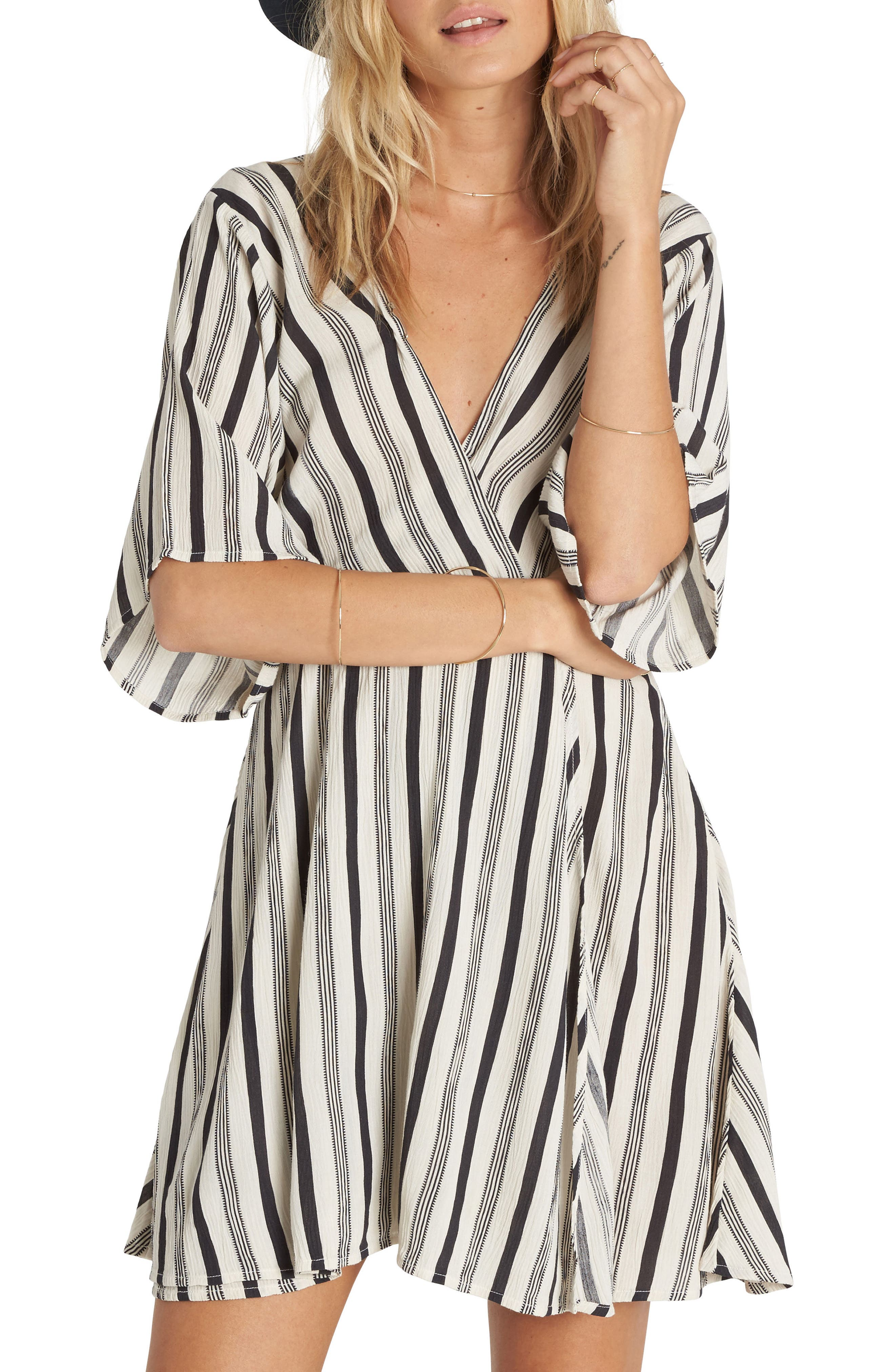 Main Image - Billabong Dolly Print Flutter Sleeve Dress