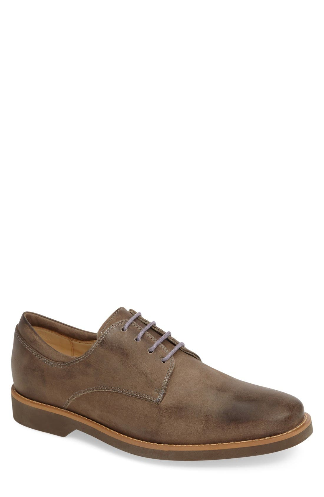 ANATOMIC & CO 'Delta' Plain Toe Derby