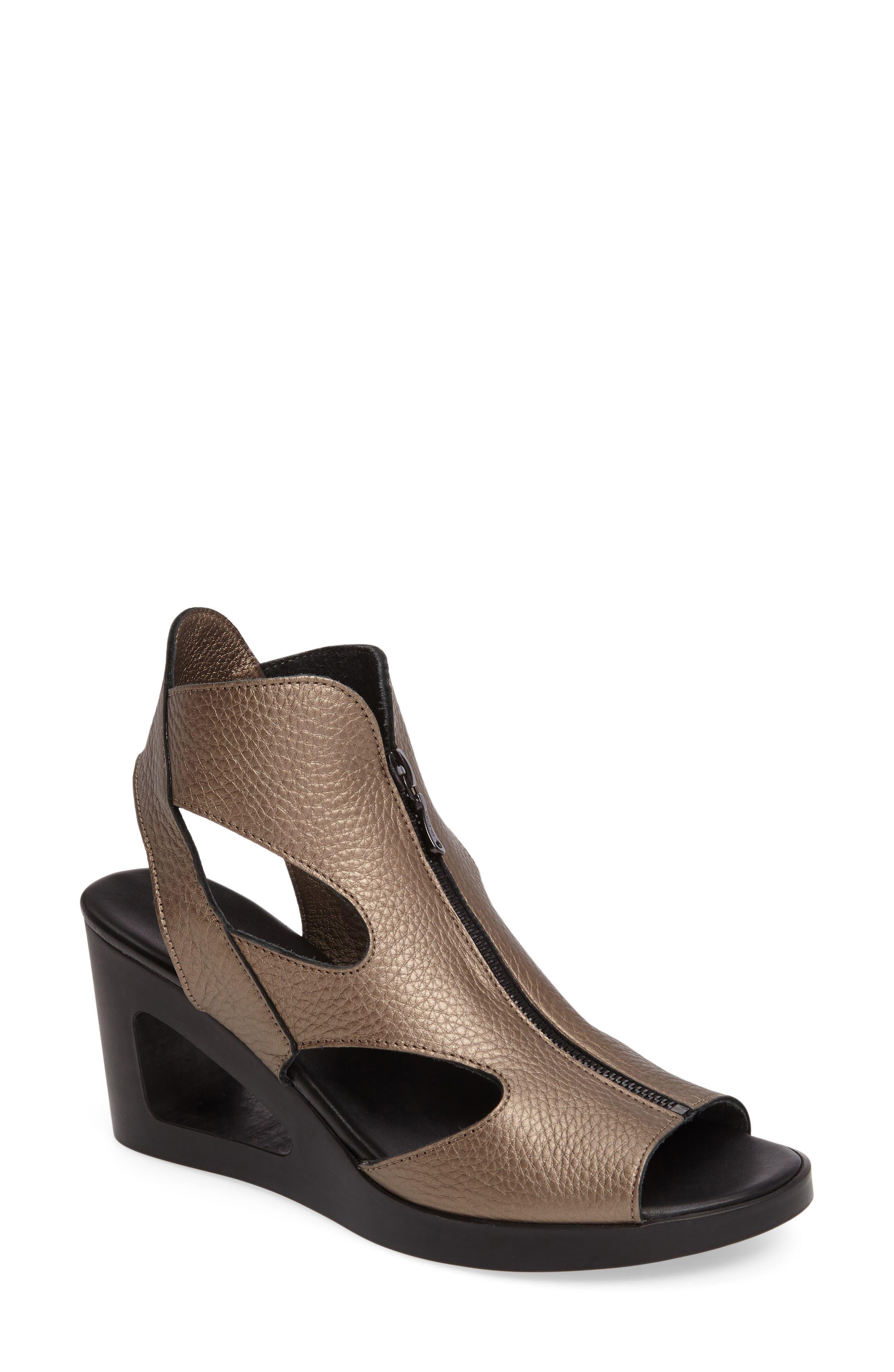 ARCHE Vahiro Cutout Wedge Sandal