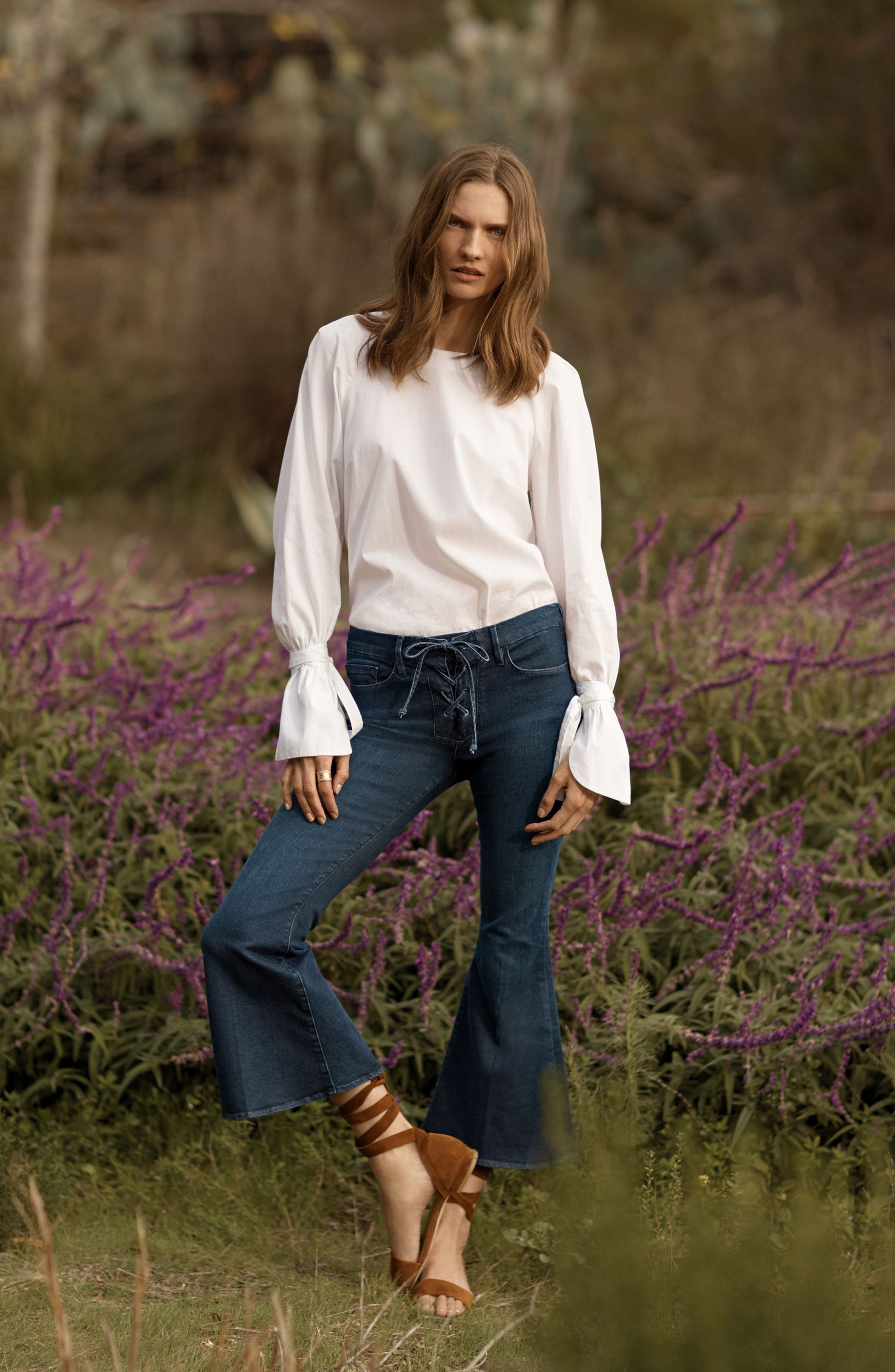 FRAME Blouse & Jeans Outfit with Accessories