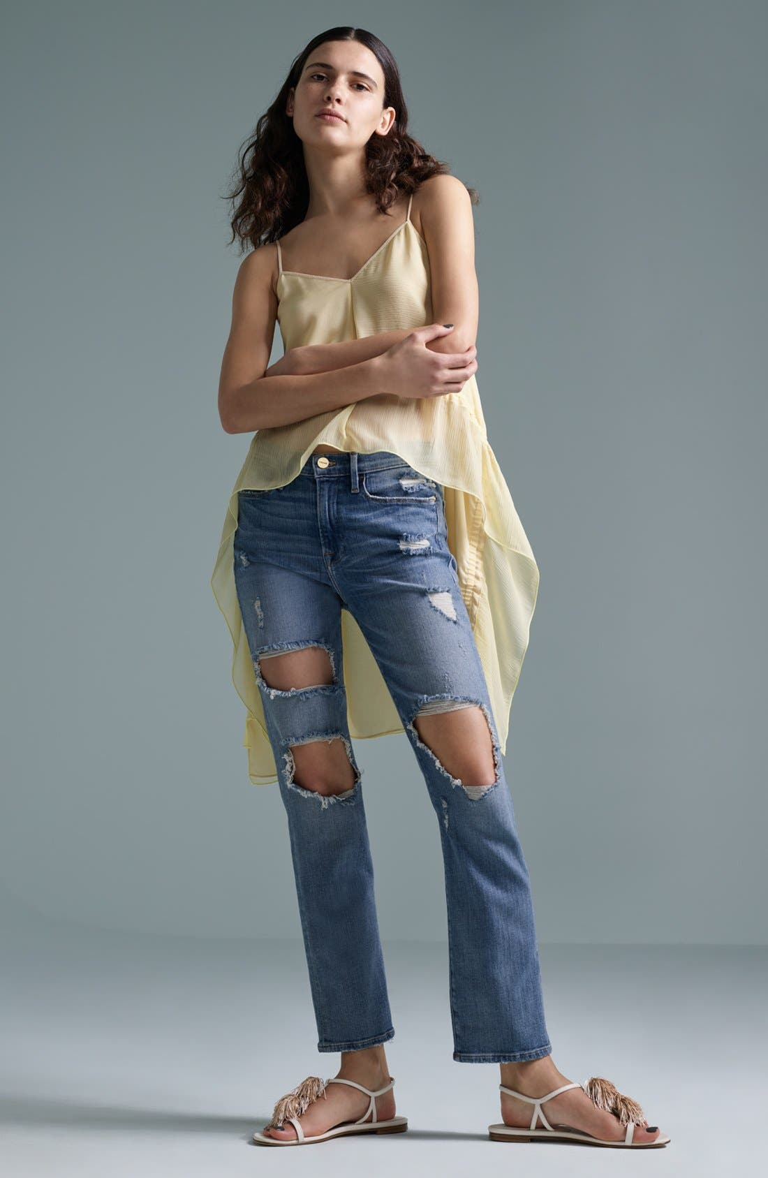 Elizabeth and James Tank & FRAME Jeans Outfit with Accessories