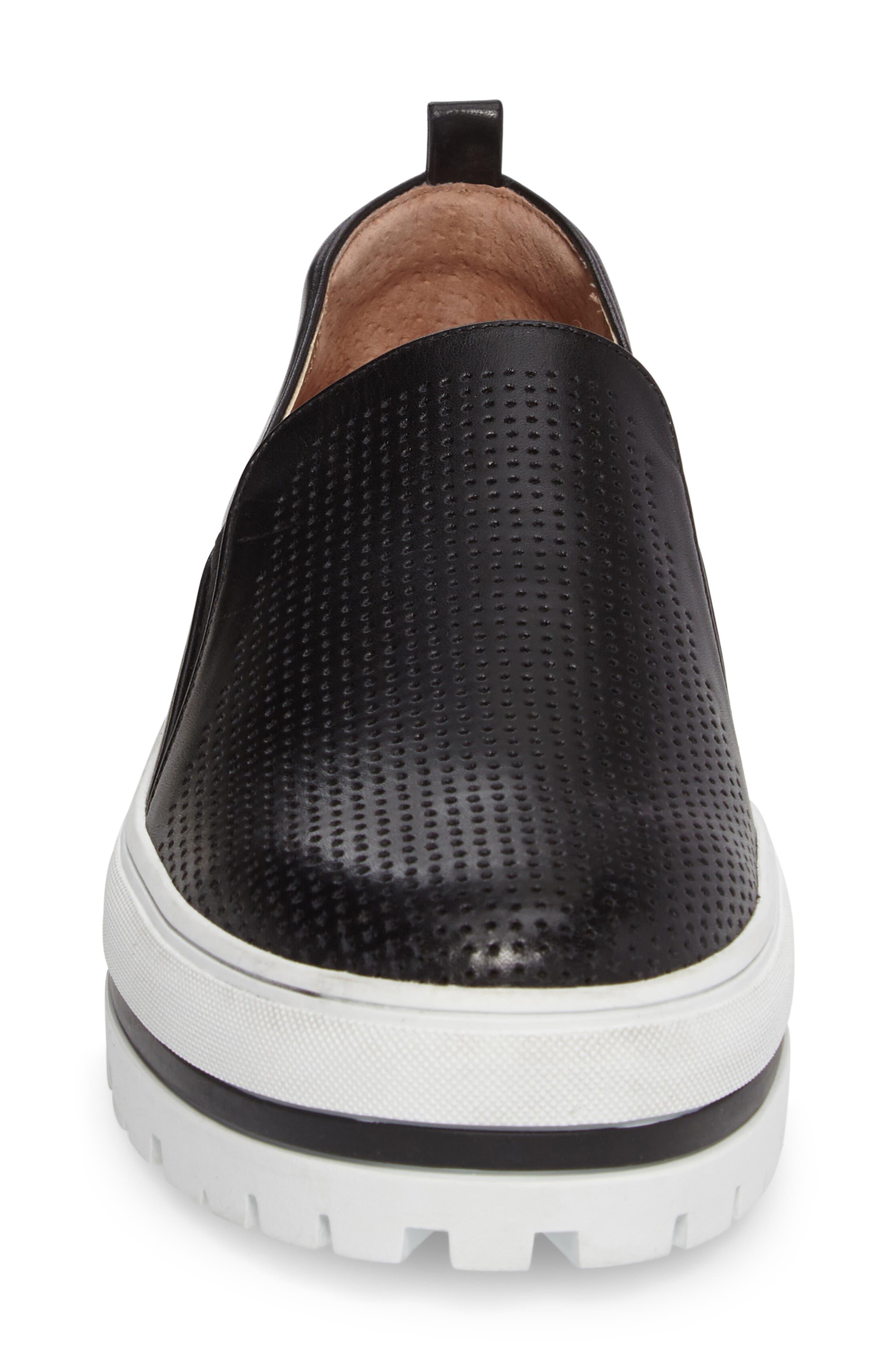 Alternate Image 5  - Halogen® Teagen Sneaker (Women)