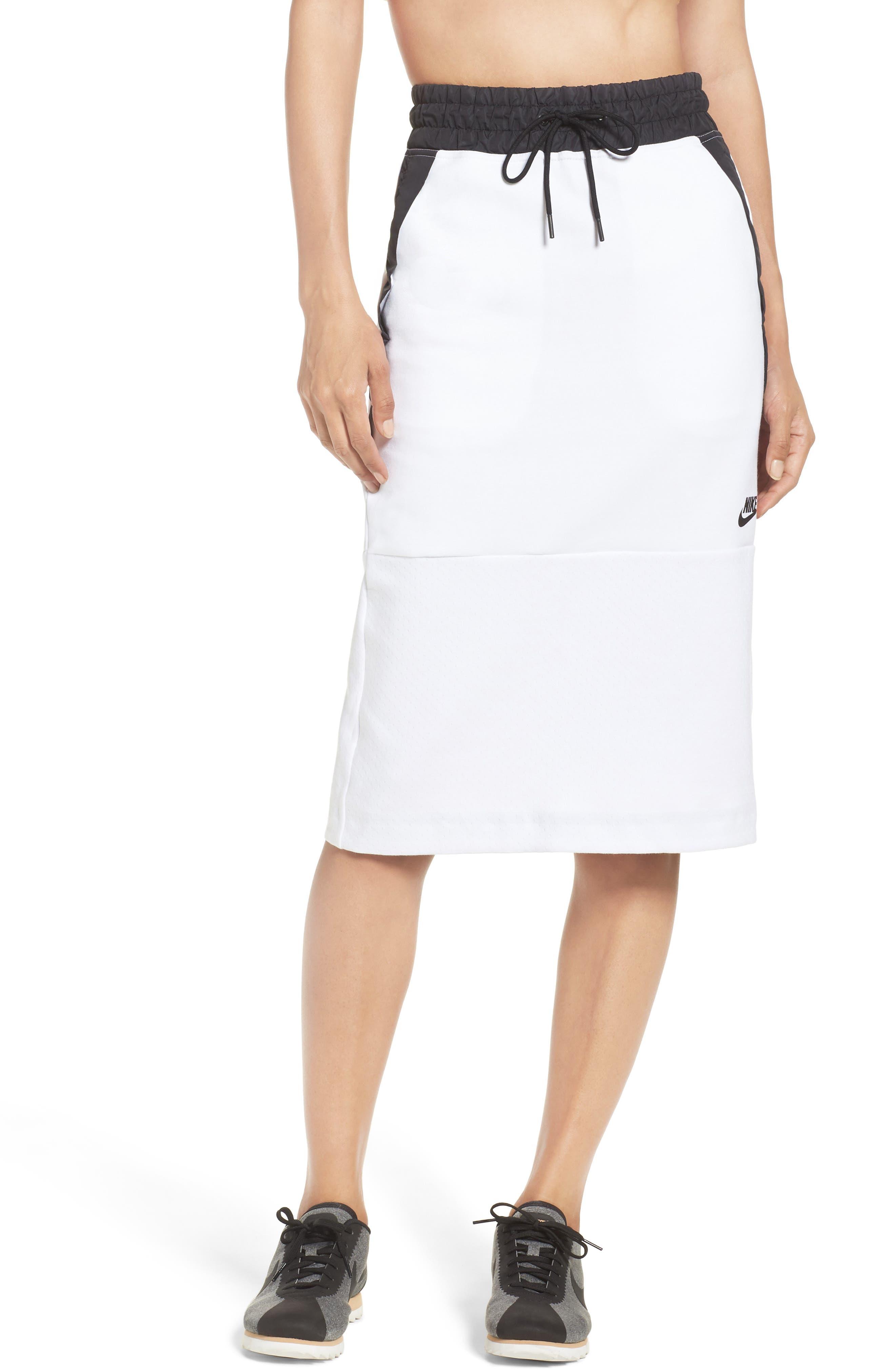 Nike Tech Fleece Skirt