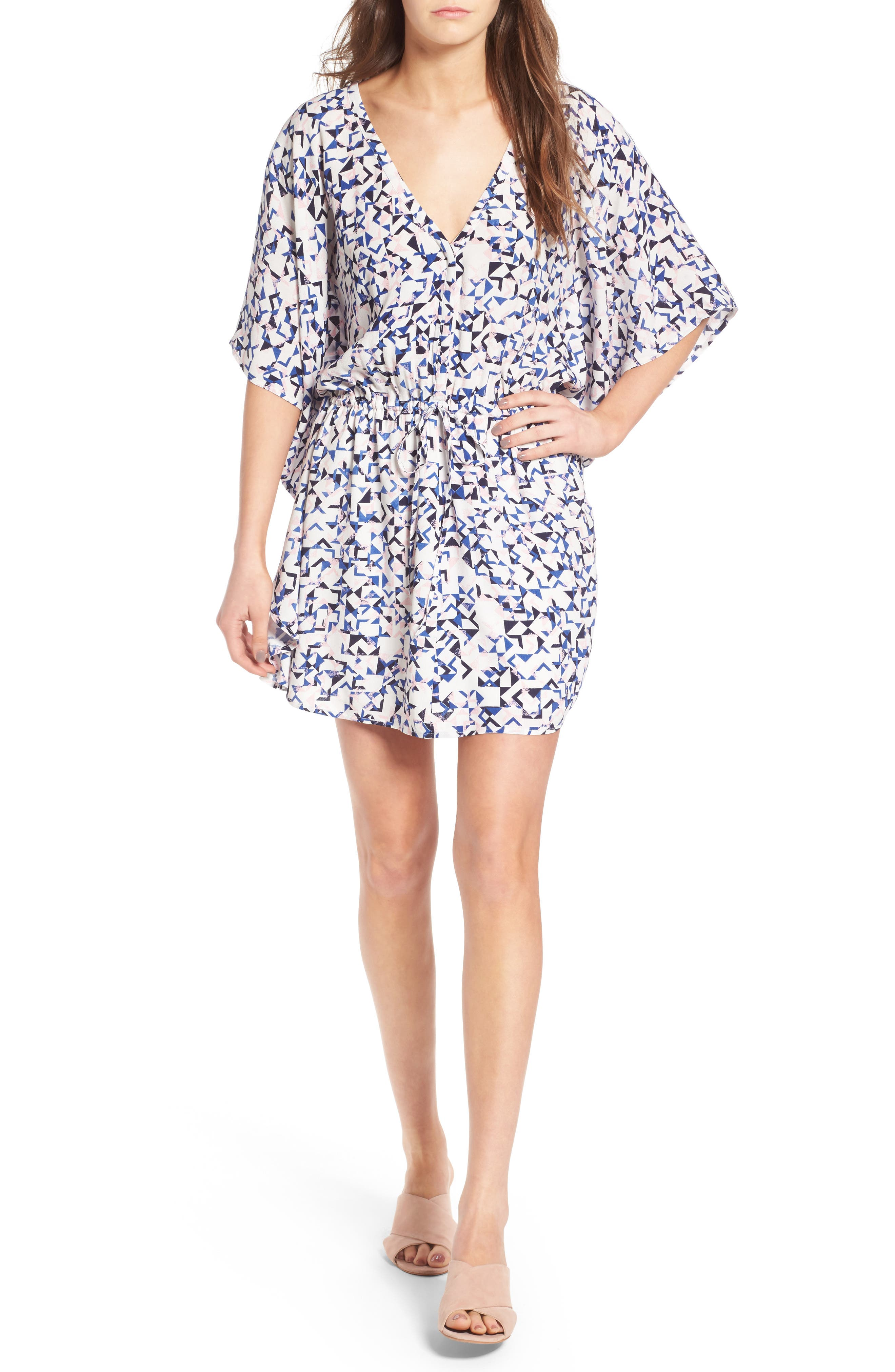Main Image - cupcakes and cashmere Lakeside Floral Print Minidress