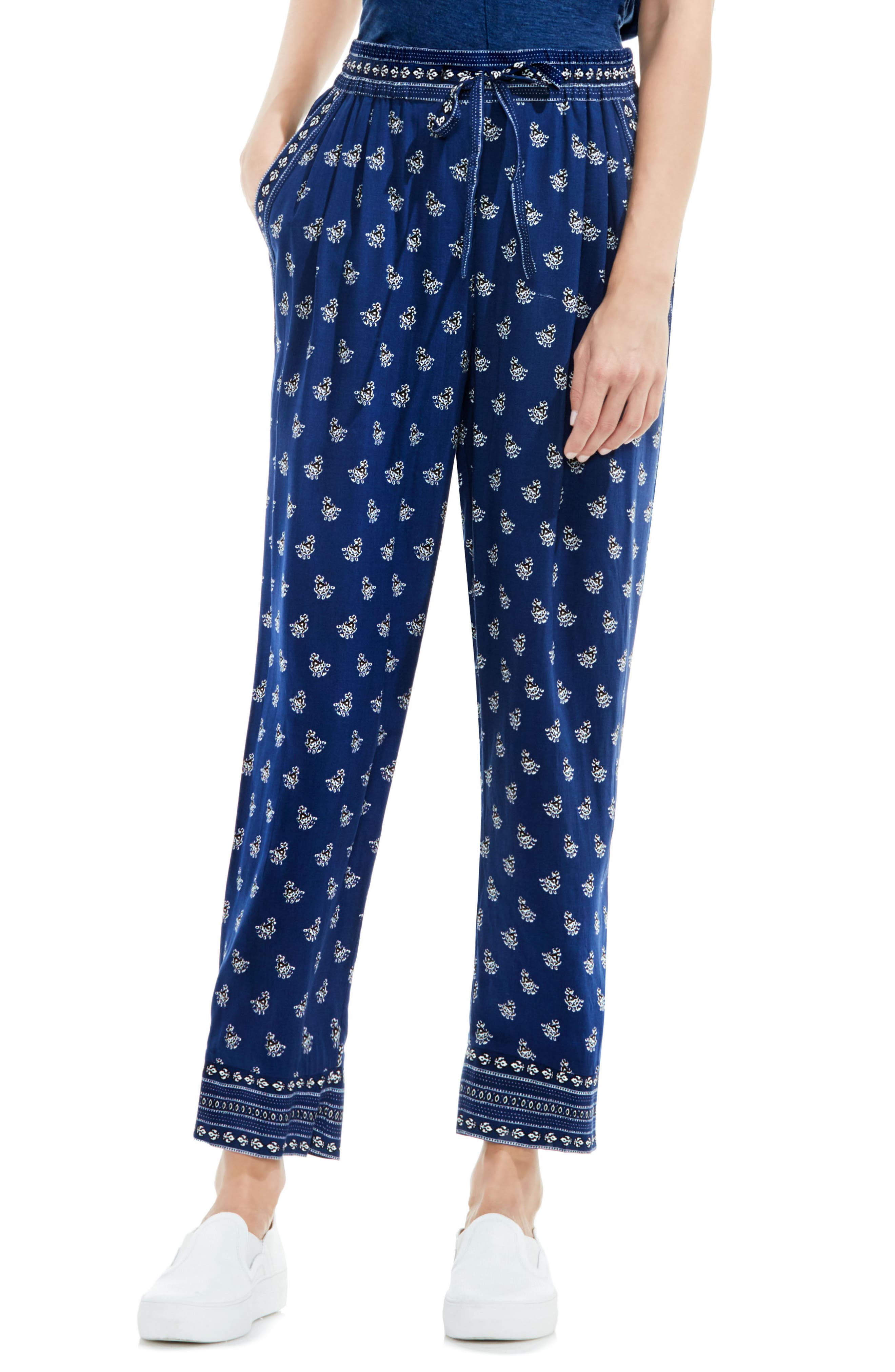 Two by Vince Camuto Paisley Stamp Drawstring Ankle Pants
