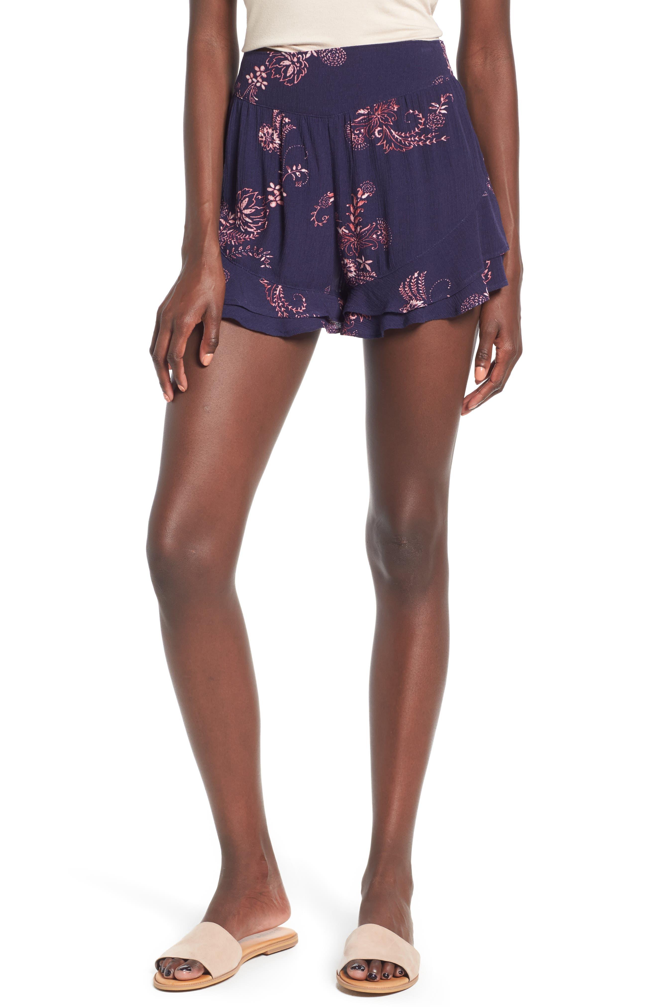 Sun & Shadow Ruffle Shorts