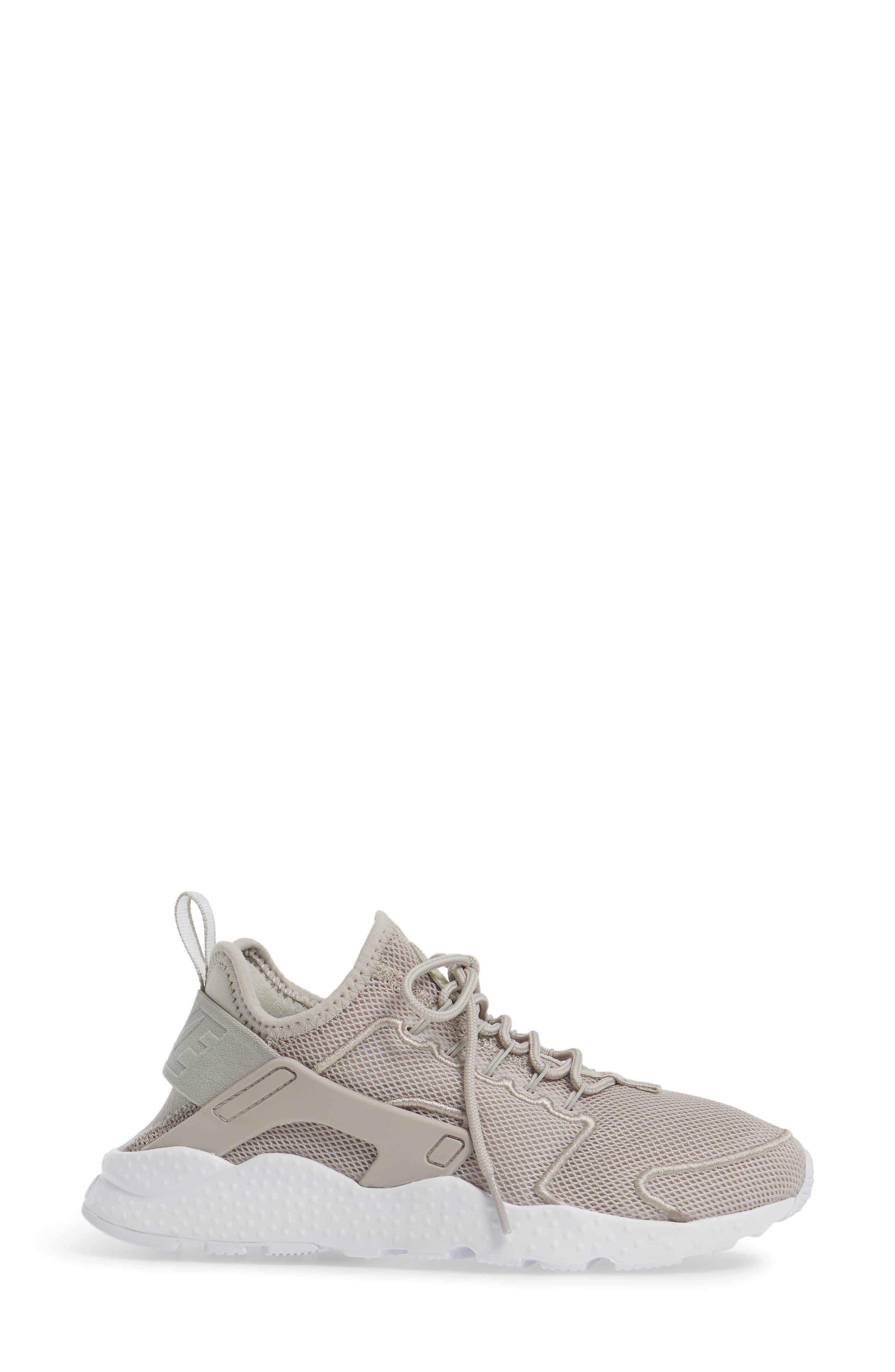 Alternate Image 3  - Nike 'Air Huarache Run Ultra Mesh' Sneaker (Women)