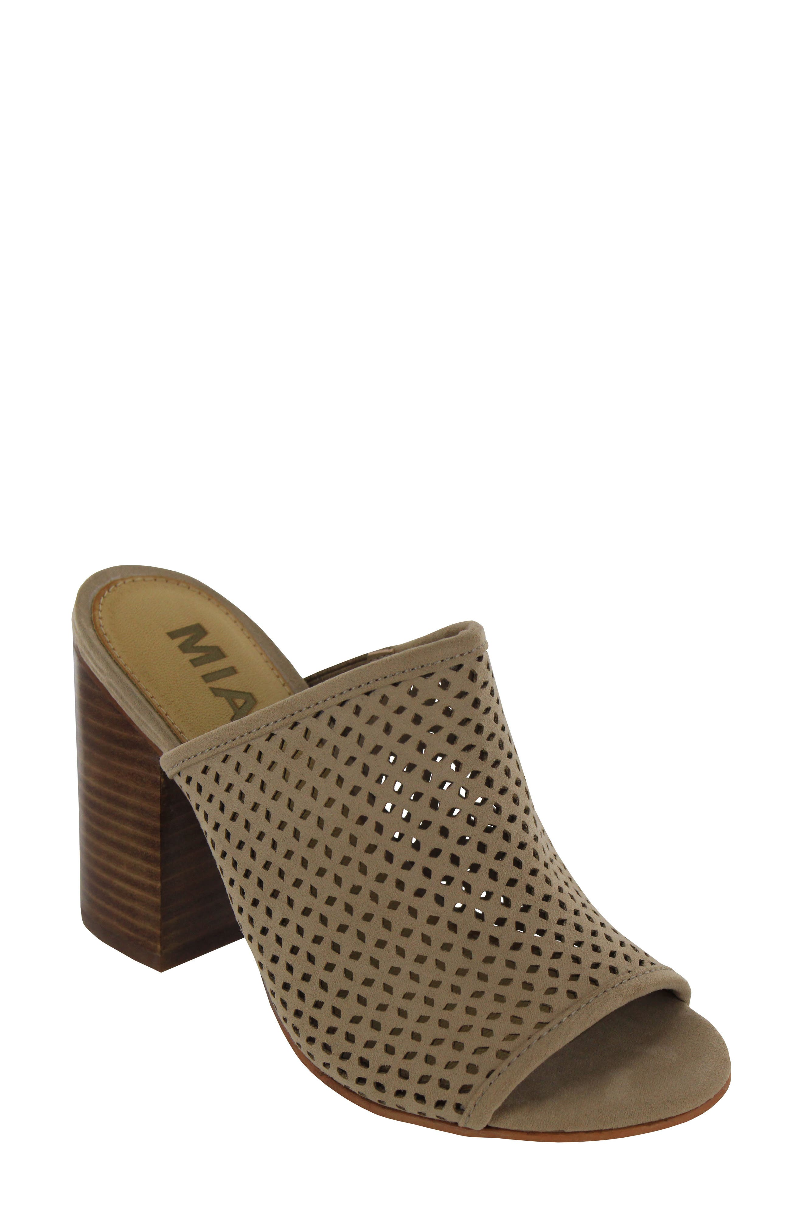 MIA Tara Block Heel Sandal (Women)