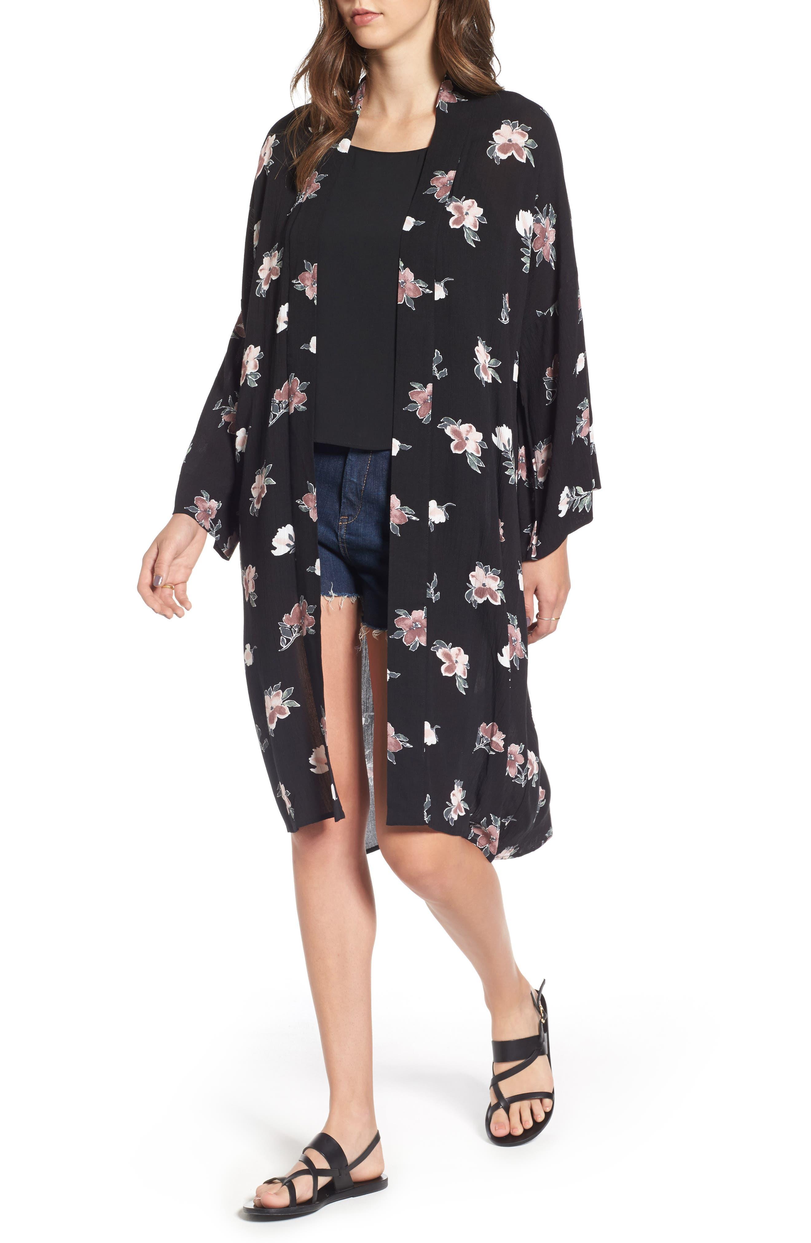 Mimi Chica Floral Print Kimono