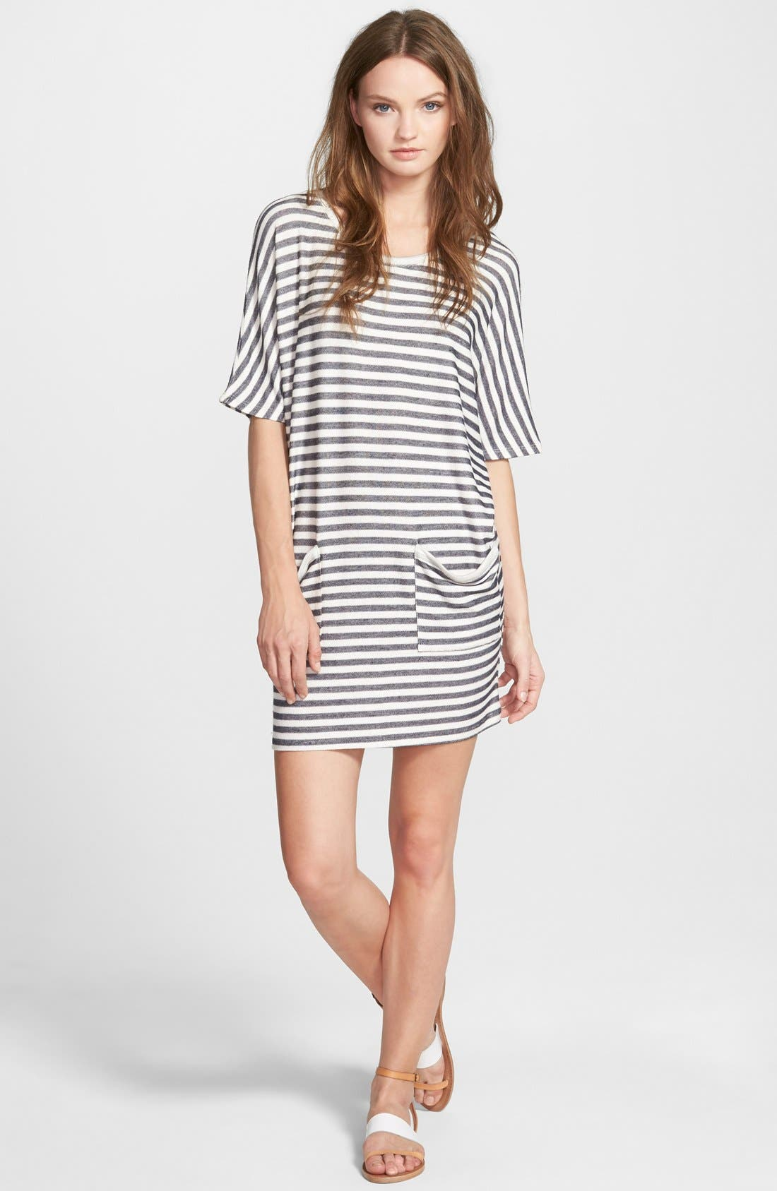 Main Image - Stem Two Pocket T-Shirt Dress