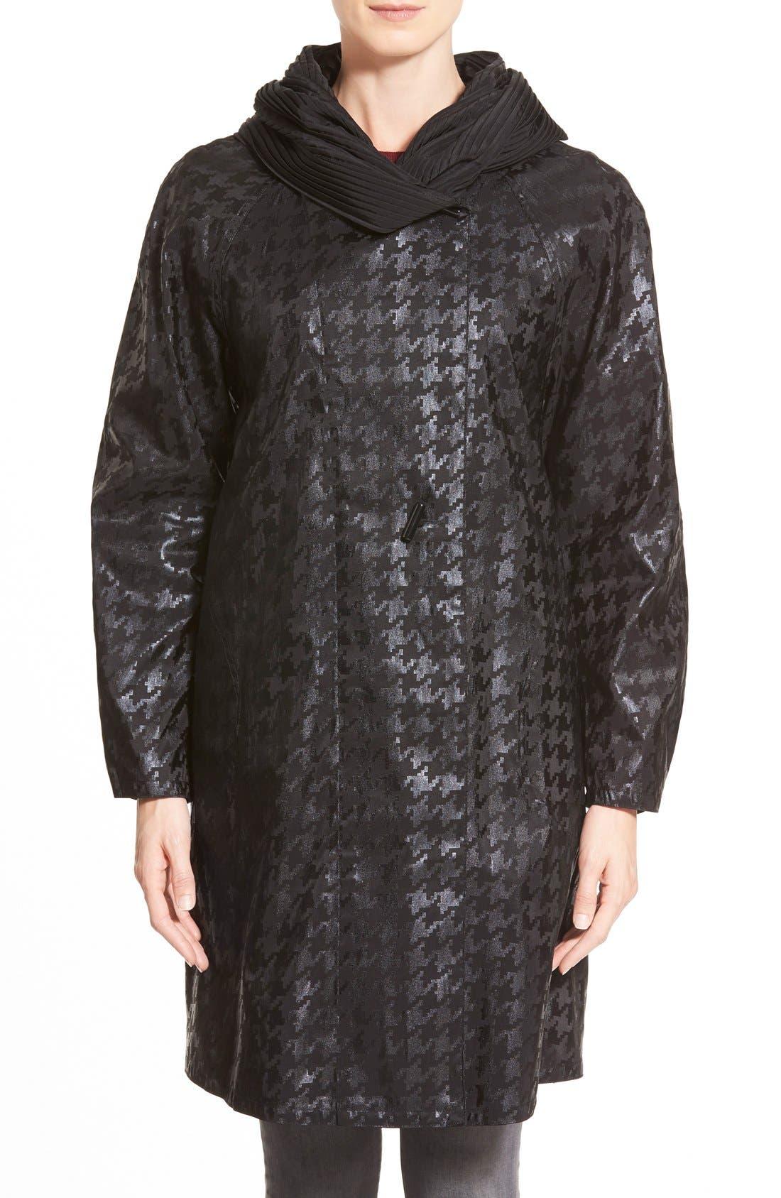 Alternate Image 1 Selected - MycraPac DesignerWear 'ShortDonatella' Reversible Pleat Hood PackableTravel Coat
