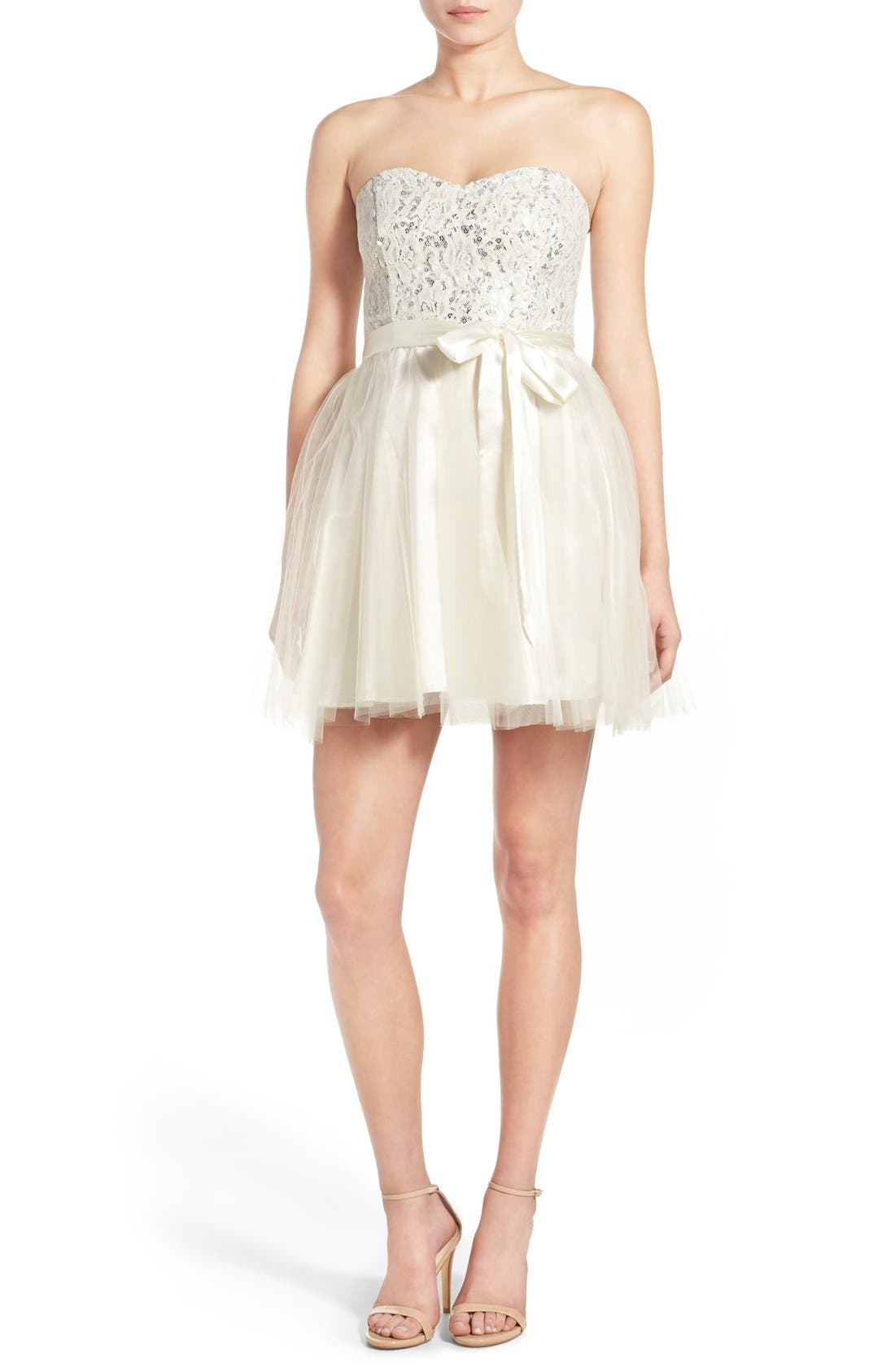 Main Image - Steppin Out Strapless Tulle Party Dress