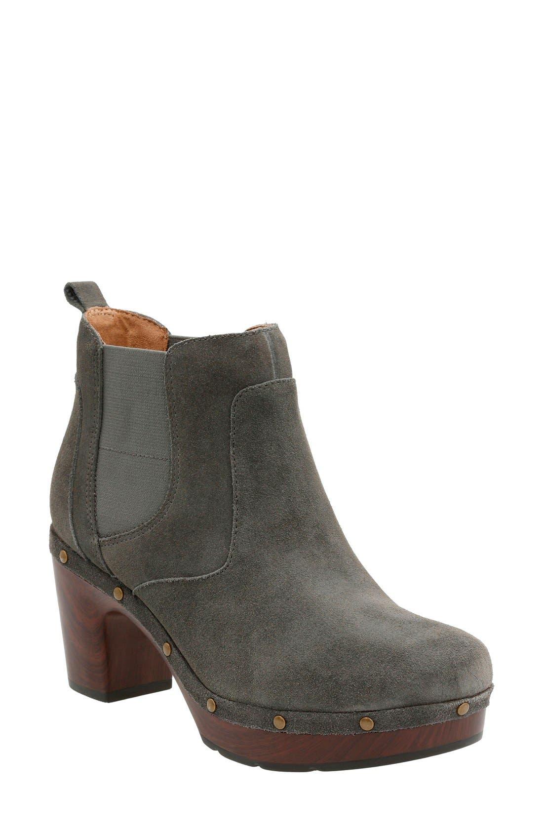 CLARKS® 'Ledella Star' Platform Chelsea Boot