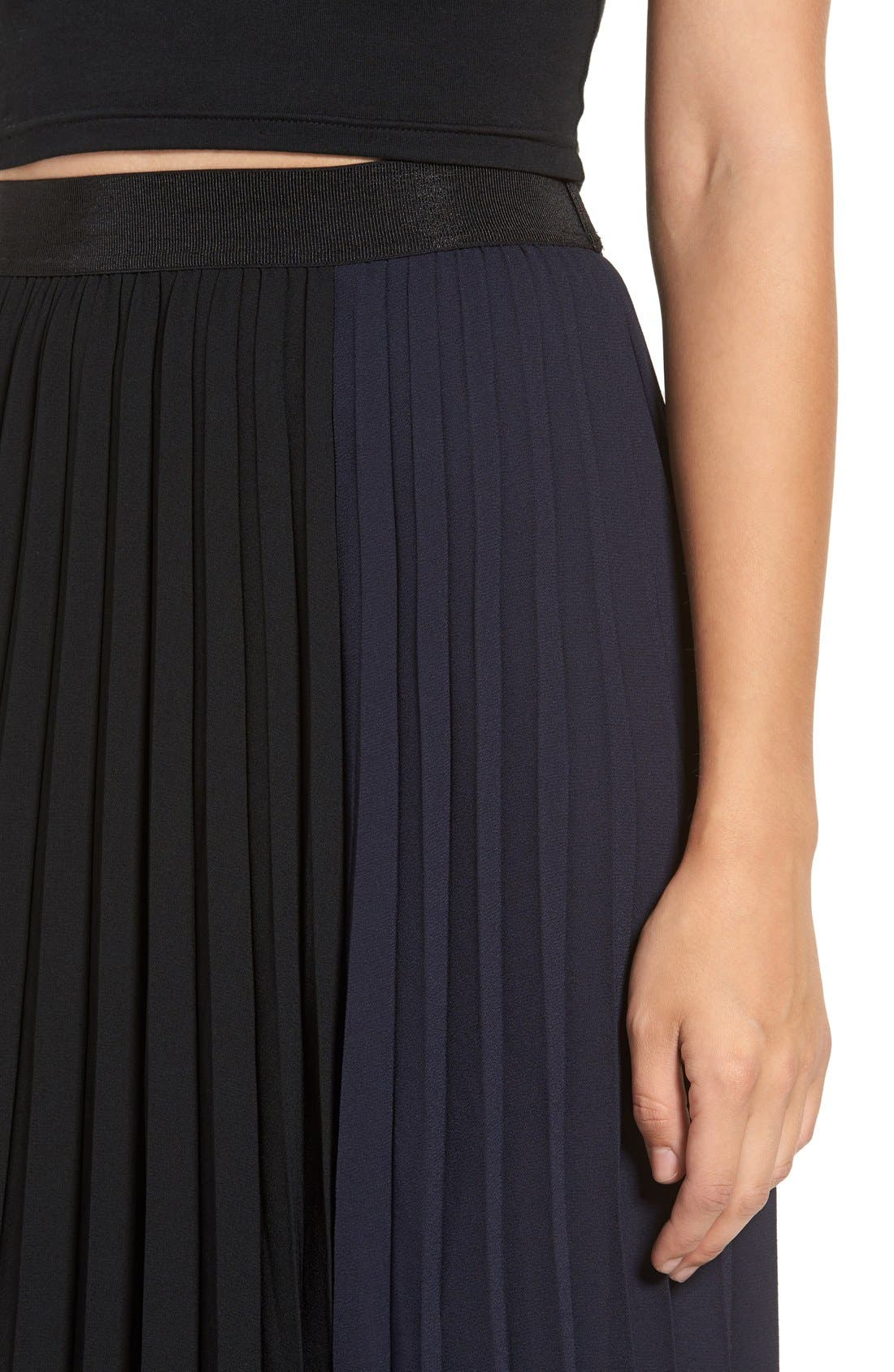 Alternate Image 4  - Leith Colorblock Pleated Midi Skirt