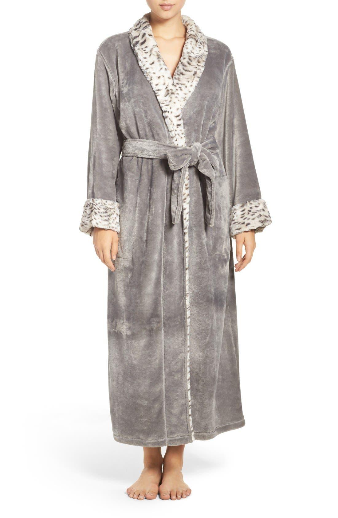 Alternate Image 1 Selected - Natori Fleece Robe