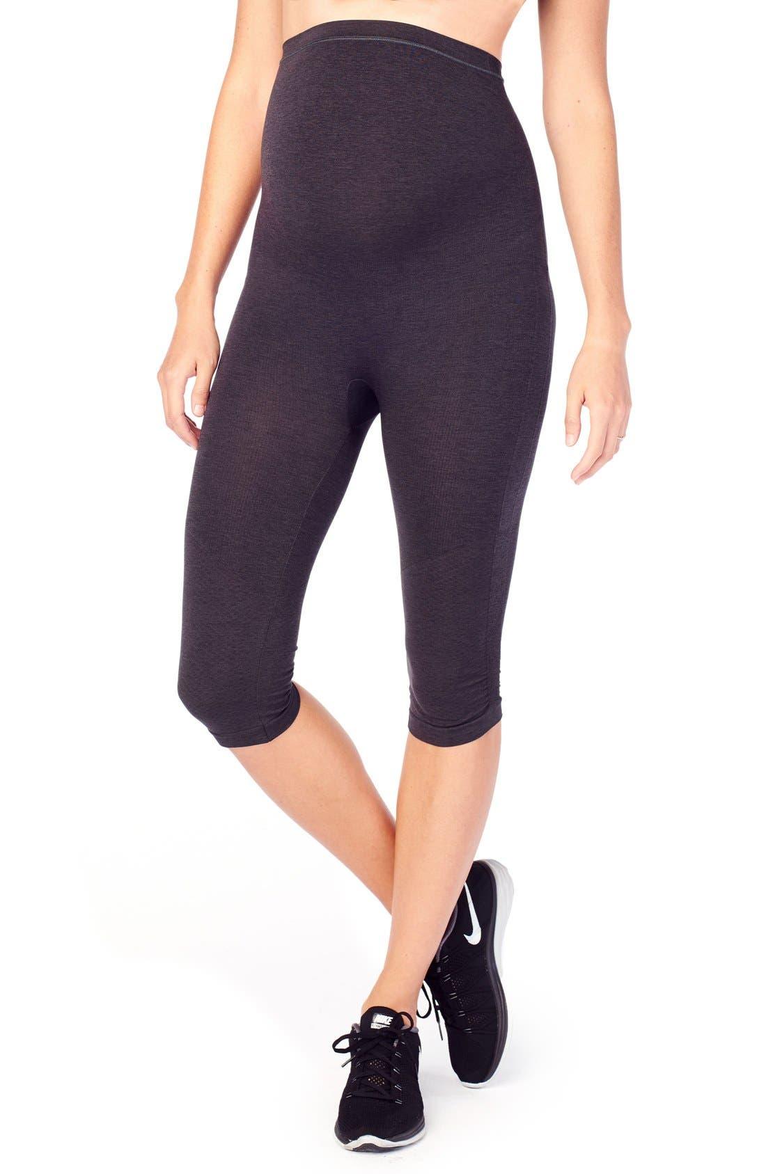 INGRID & ISABEL® Seamless Maternity Capri Leggings