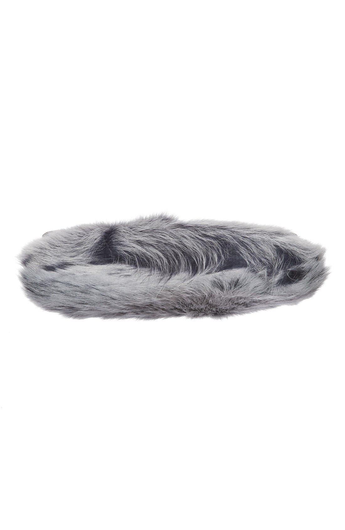 Alternate Image 4  - UGG® Vivienne Genuine Shearling Convertible Clutch