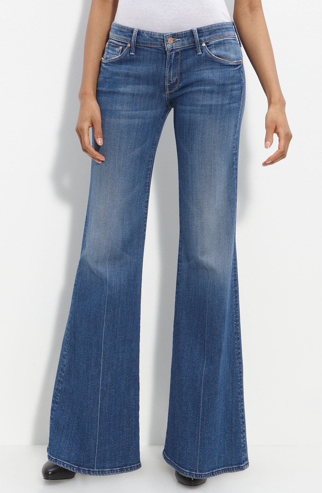 Alternate Image 2  - MOTHER 'The Wilder' Flare Leg Stretch Jeans (Medium Kitty Wash)