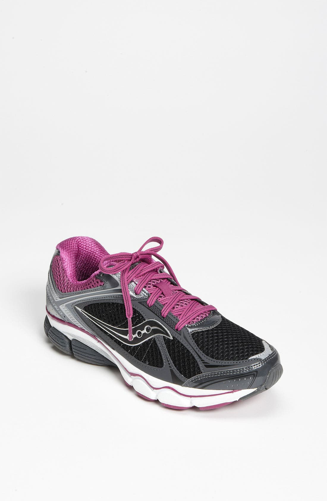 Main Image - Saucony 'ProGrid Echelon 3' Running Shoe (Women)