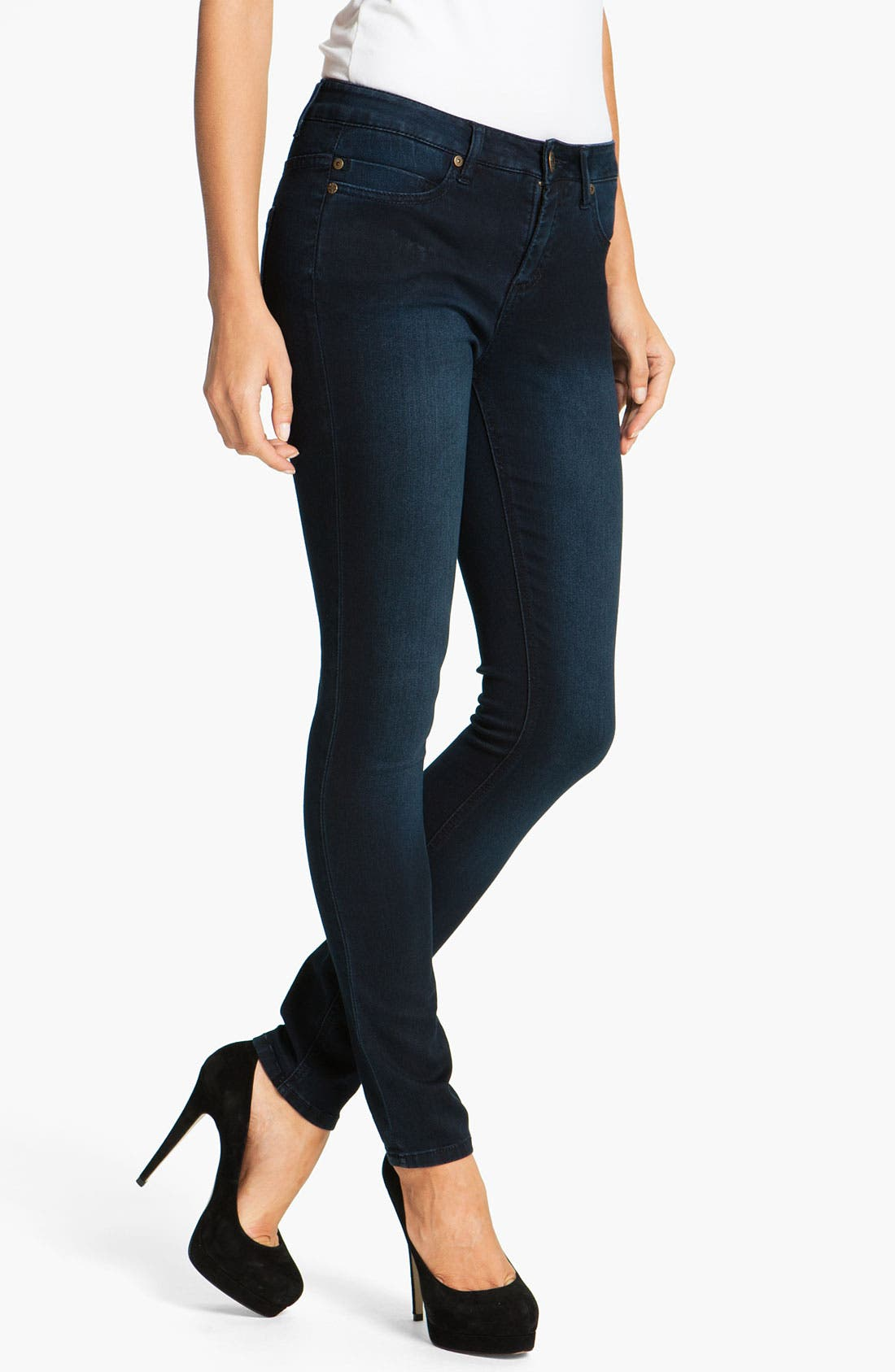 Alternate Image 1 Selected - Liverpool Jeans Company 'Abby' Skinny Supersoft Stretch Jeans (Regular & Petite)