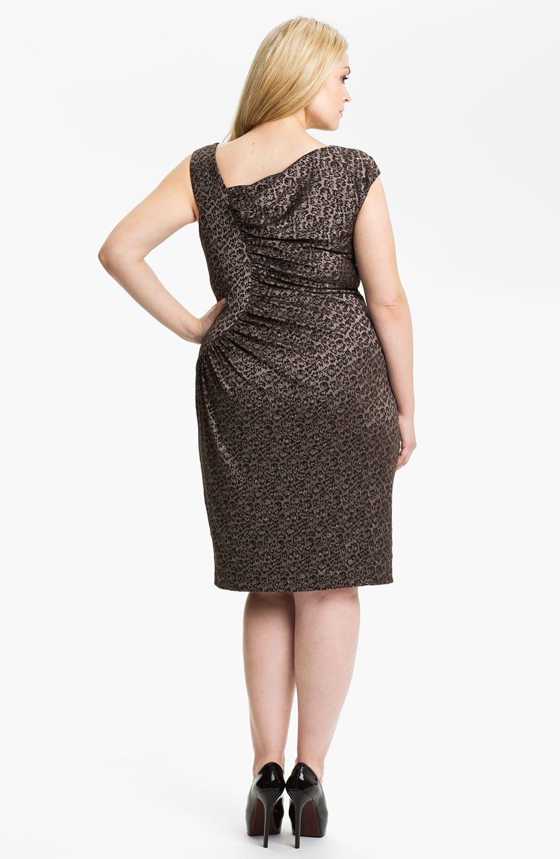 Alternate Image 2  - Adrianna Papell Side Ruched Metallic Sheath Dress (Plus)