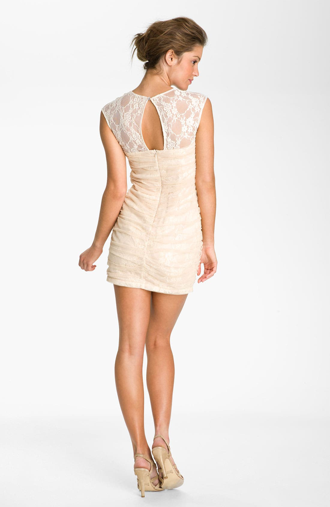 Alternate Image 2  - En Crème Lace Illusion Dress (Juniors)