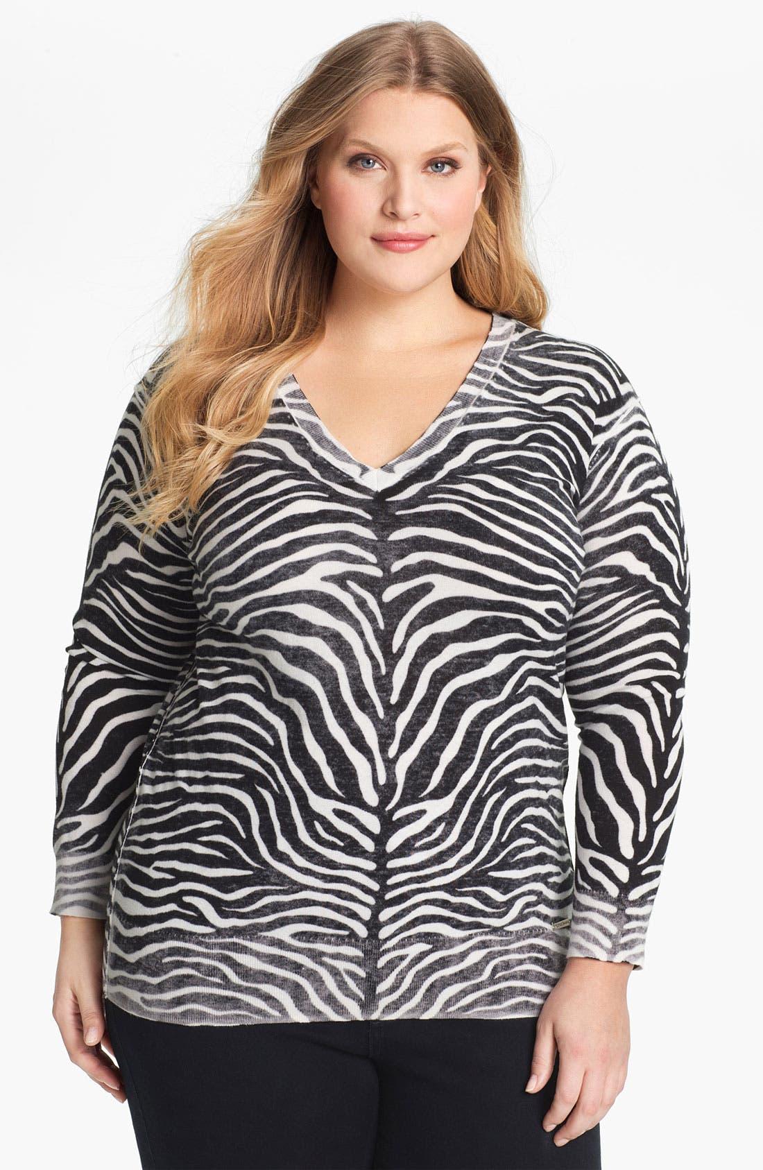Alternate Image 1 Selected - MICHAEL Michael Kors Print V-Neck Sweater (Plus)