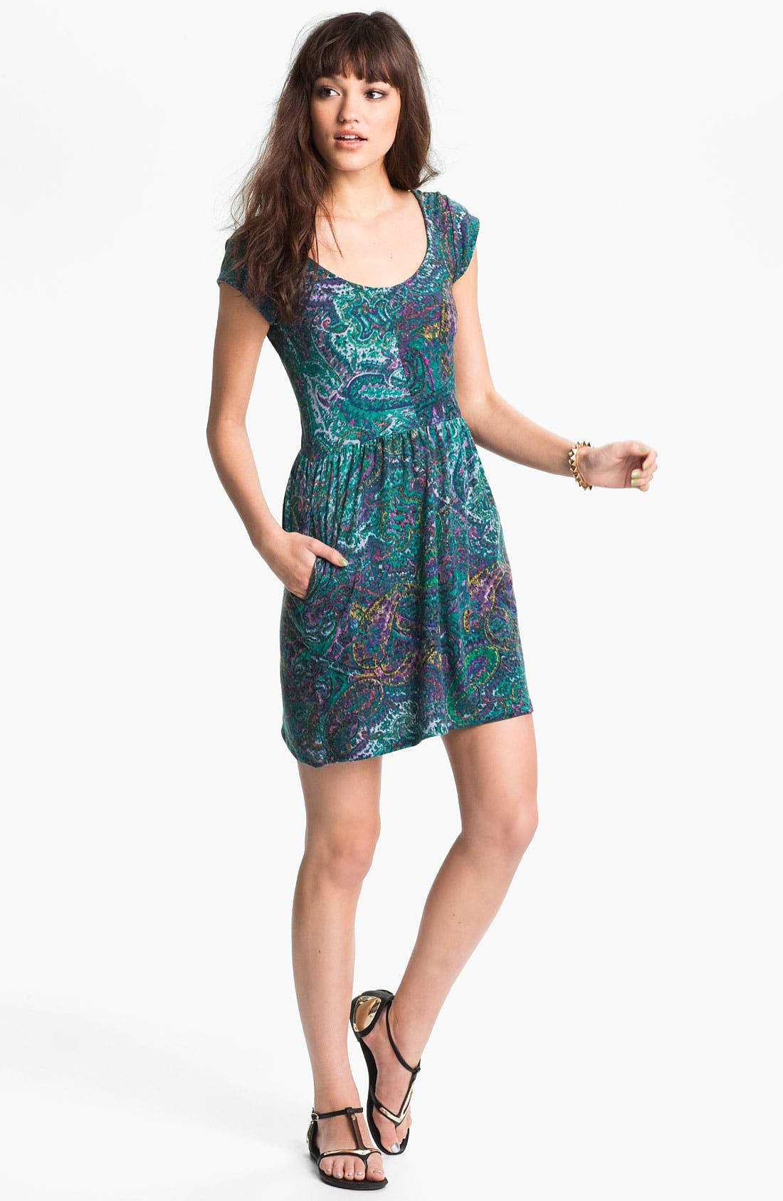 Main Image - Mimi Chica Paisley Print Dress (Juniors)