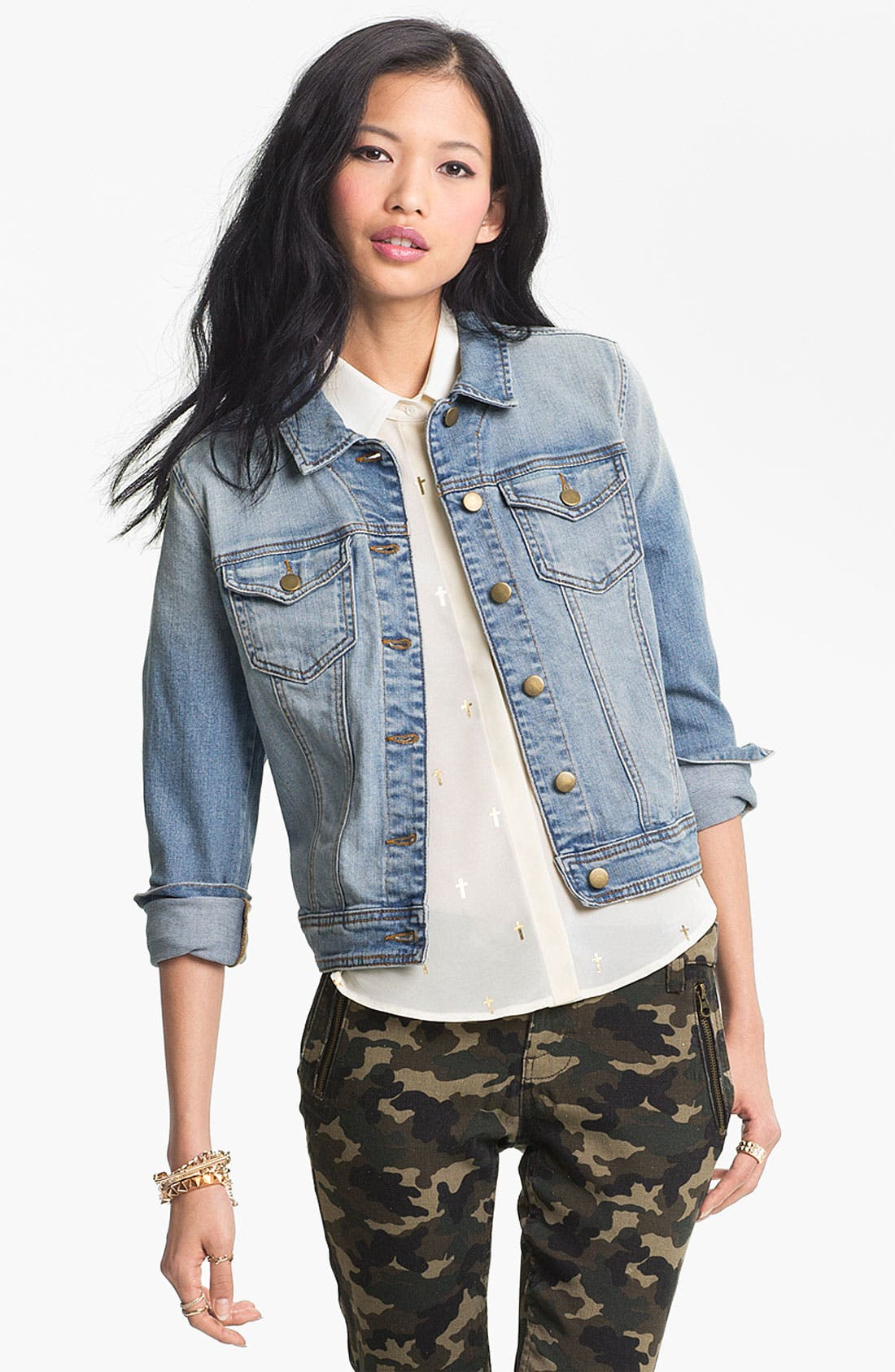 Alternate Image 1 Selected - Rubbish® Vintage Denim Jacket (Juniors)