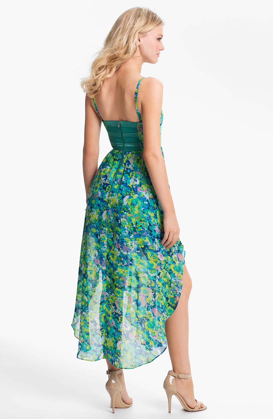 Alternate Image 2  - En Crème Pleated Bustier Floral Chiffon Dress (Juniors)