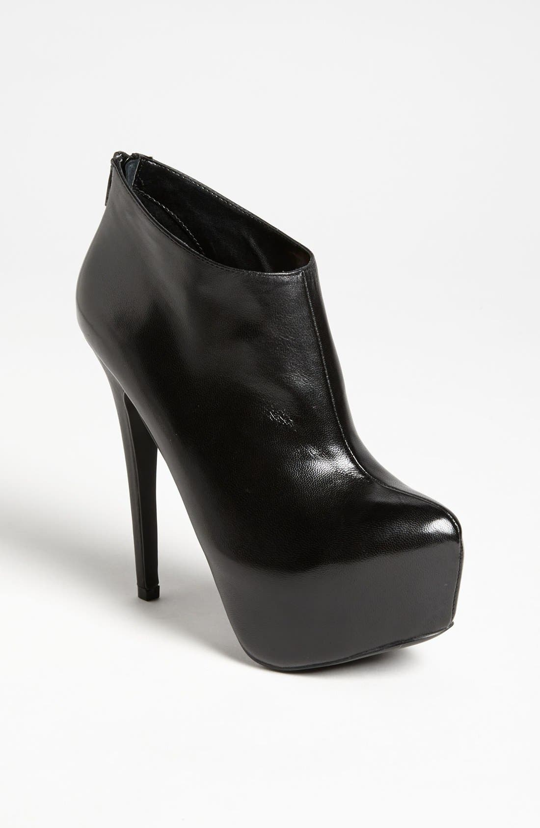 Main Image - Steve Madden 'Dafni' Bootie