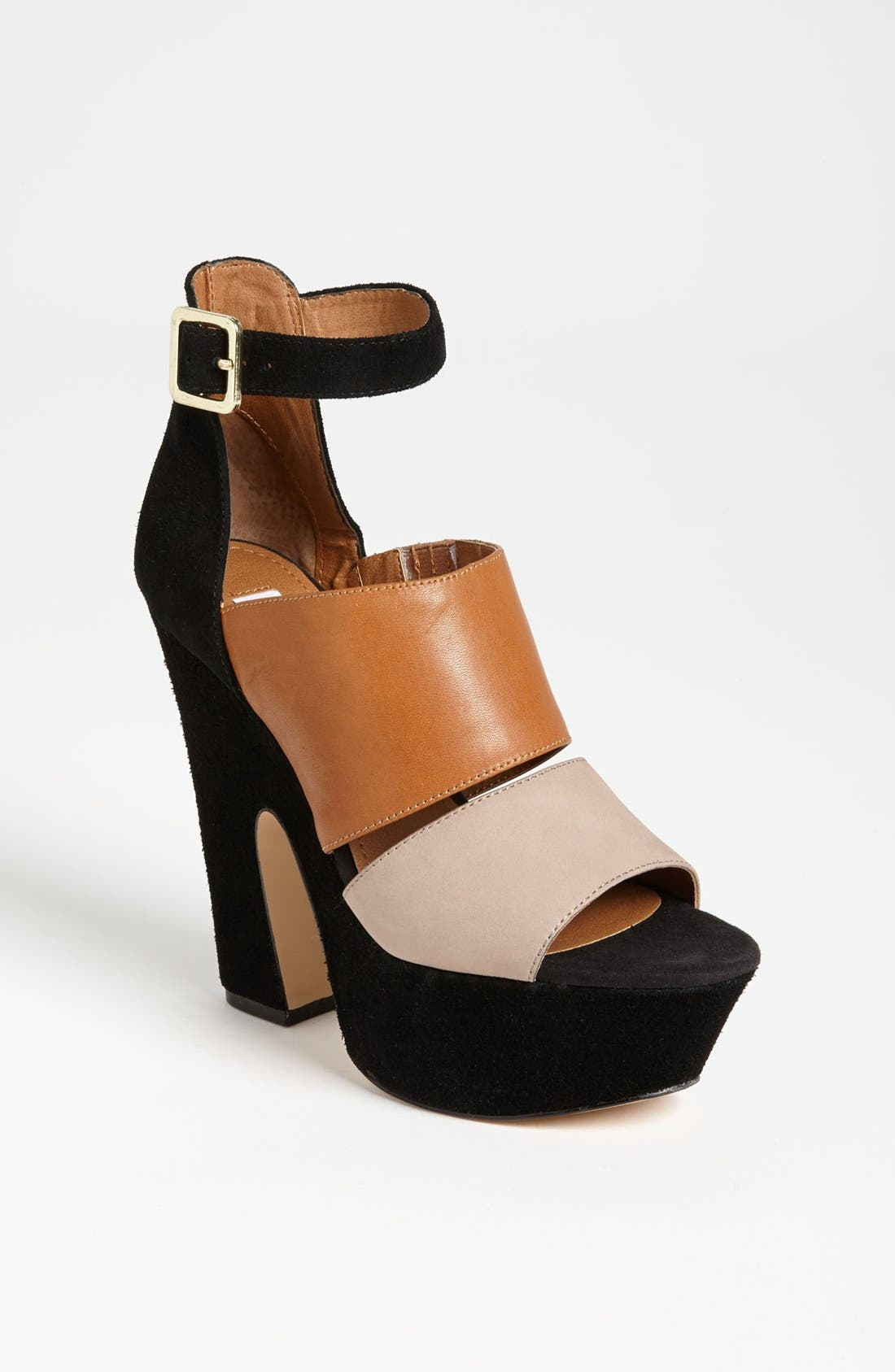 Alternate Image 1 Selected - Steve Madden 'Shocker' Sandal