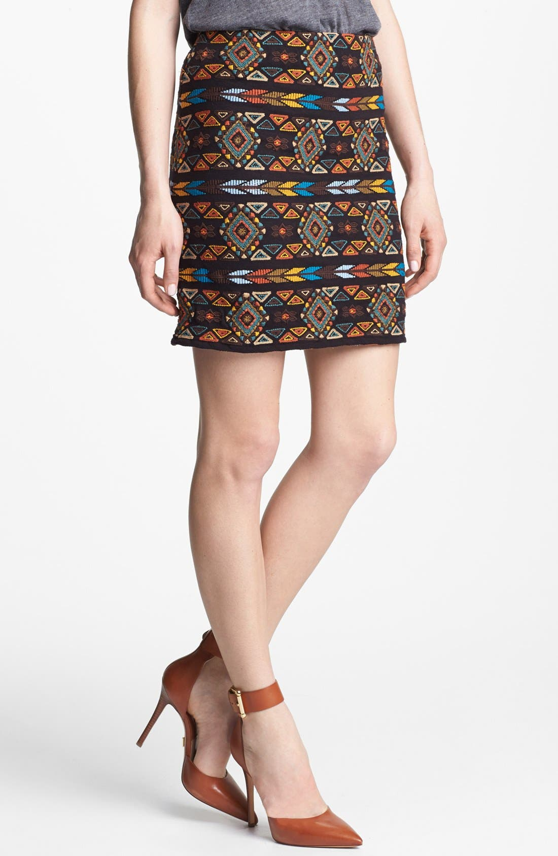 Main Image - Willow & Clay Embroidered Pencil Skirt