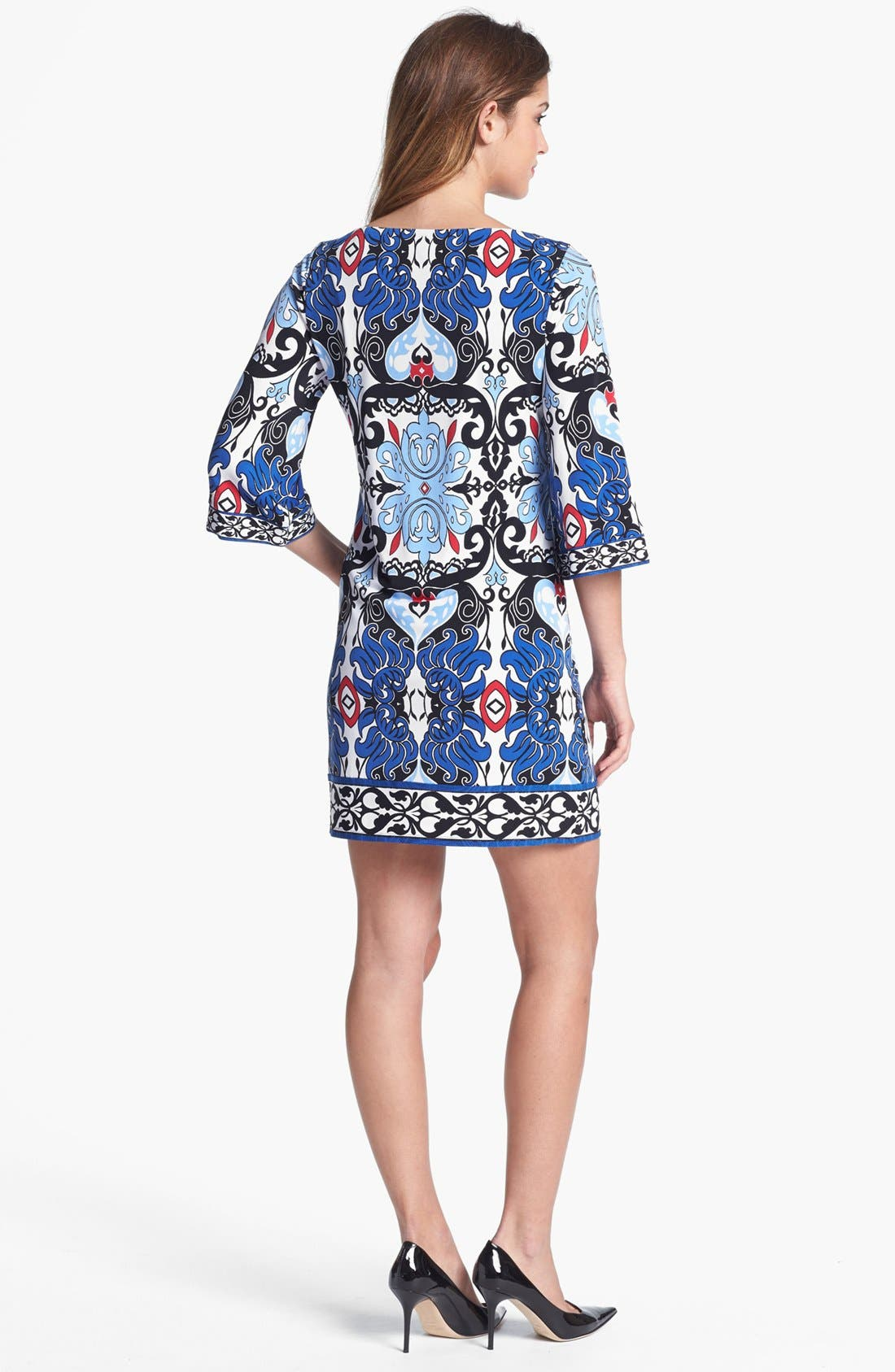 Alternate Image 2  - Laundry by Shelli Segal Print Jersey Shift Dress (Petite)