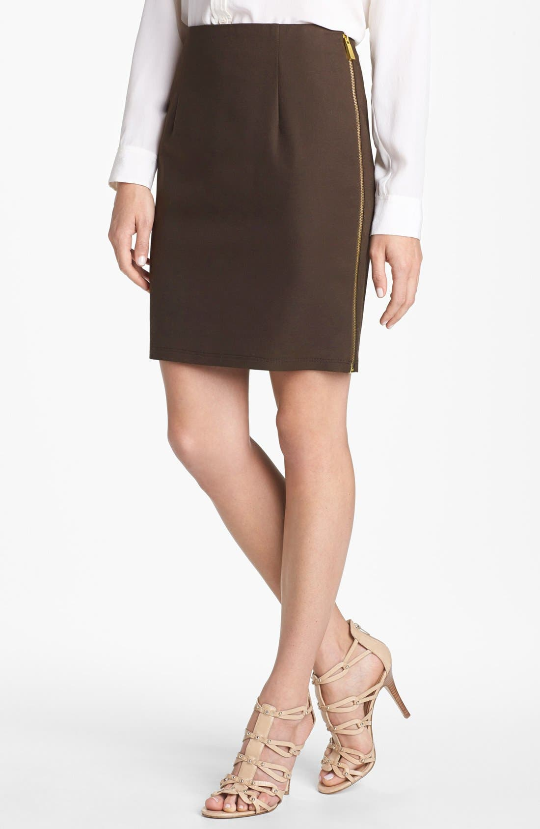 Alternate Image 1 Selected - Vince Camuto Side Zip Skirt (Petite)