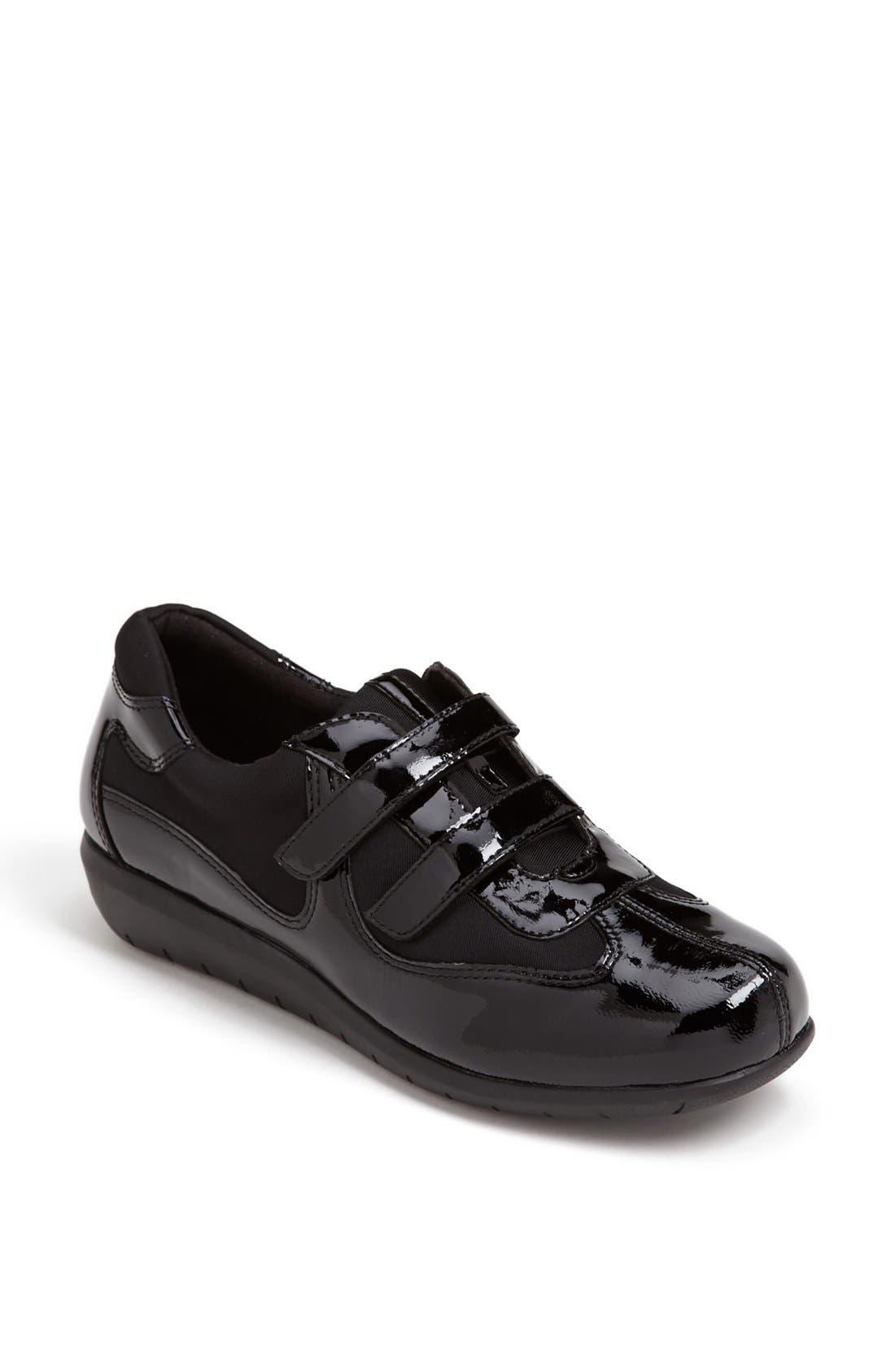 Alternate Image 1 Selected - Softwalk® 'Montreal' Sneaker