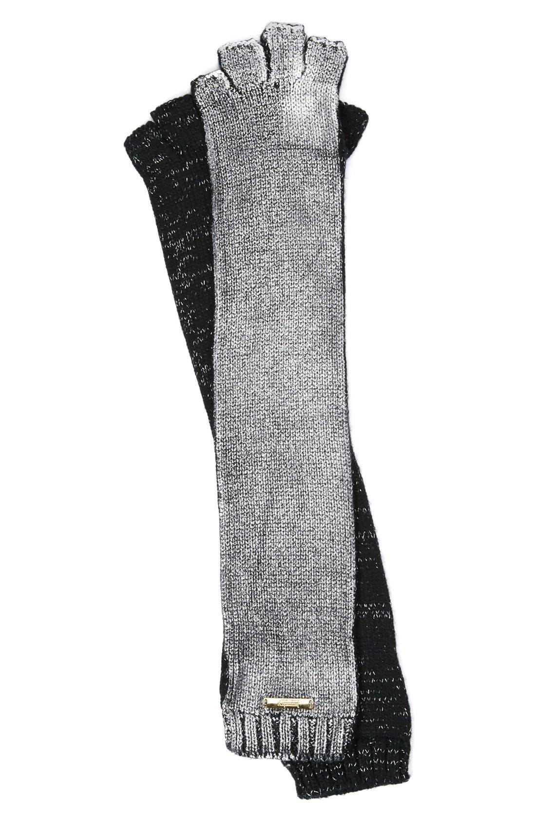 Main Image - Laundry by Shelli Segal Foil Print Fingerless Gloves