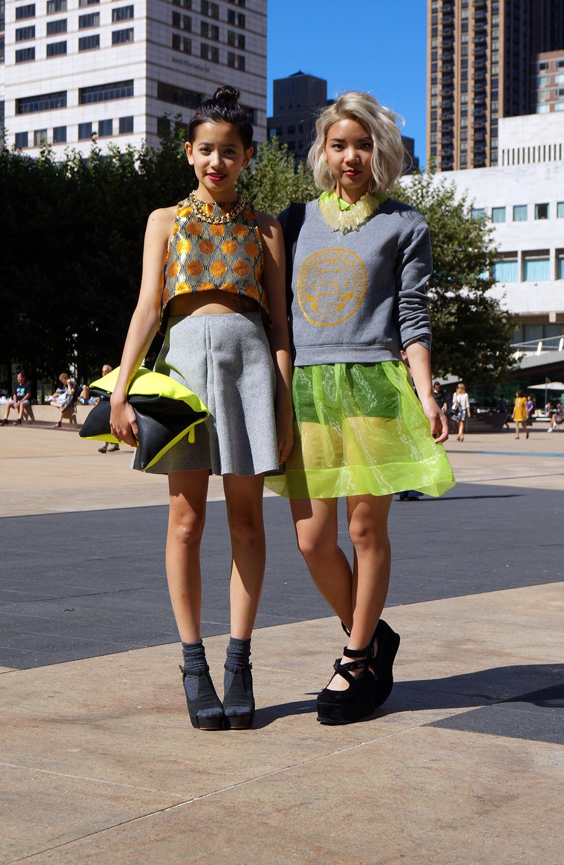 Main Image - Voluminous Cropped Proportions Street Style Look