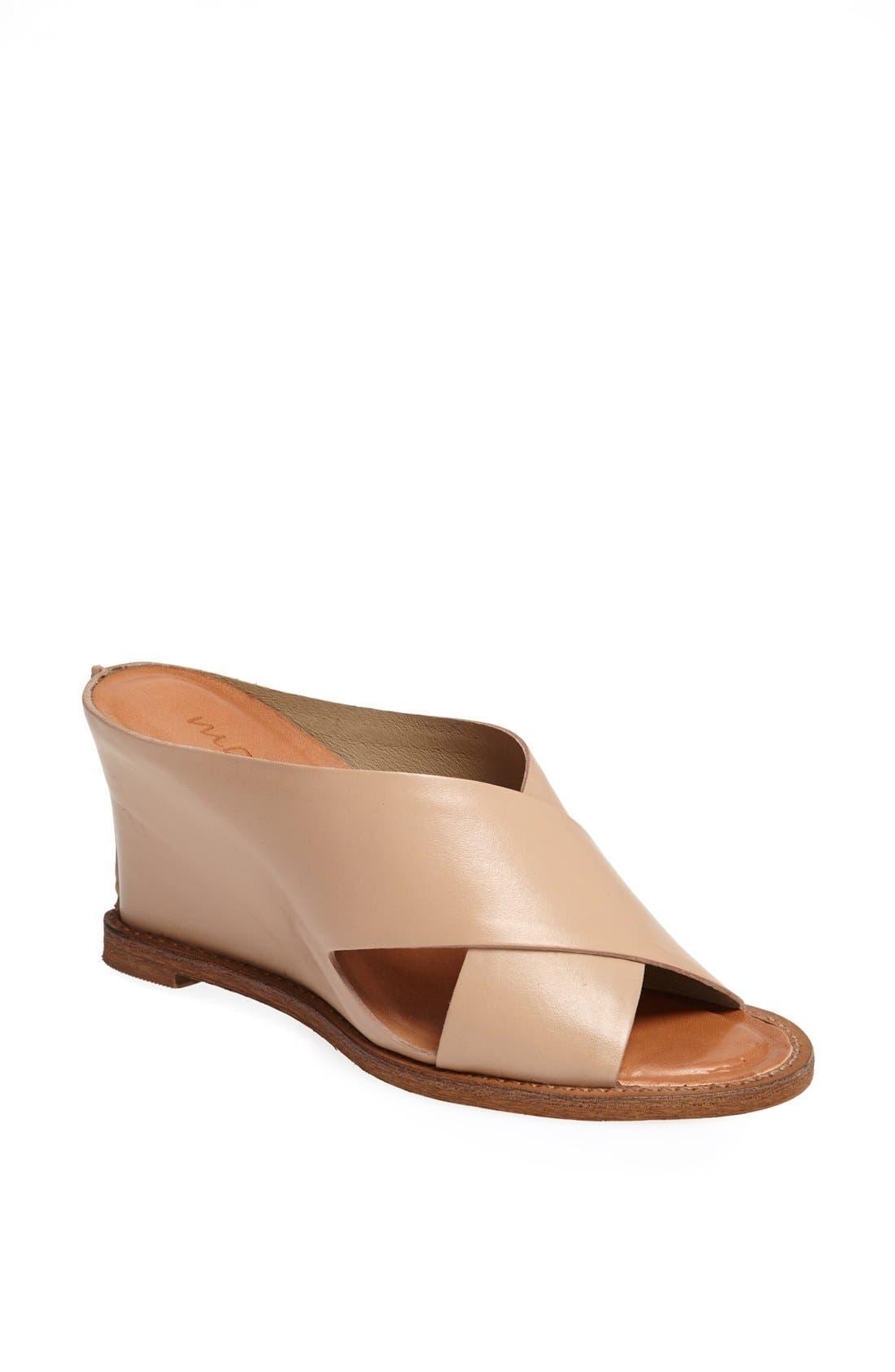 Main Image - Matisse 'Habitual' Sandal